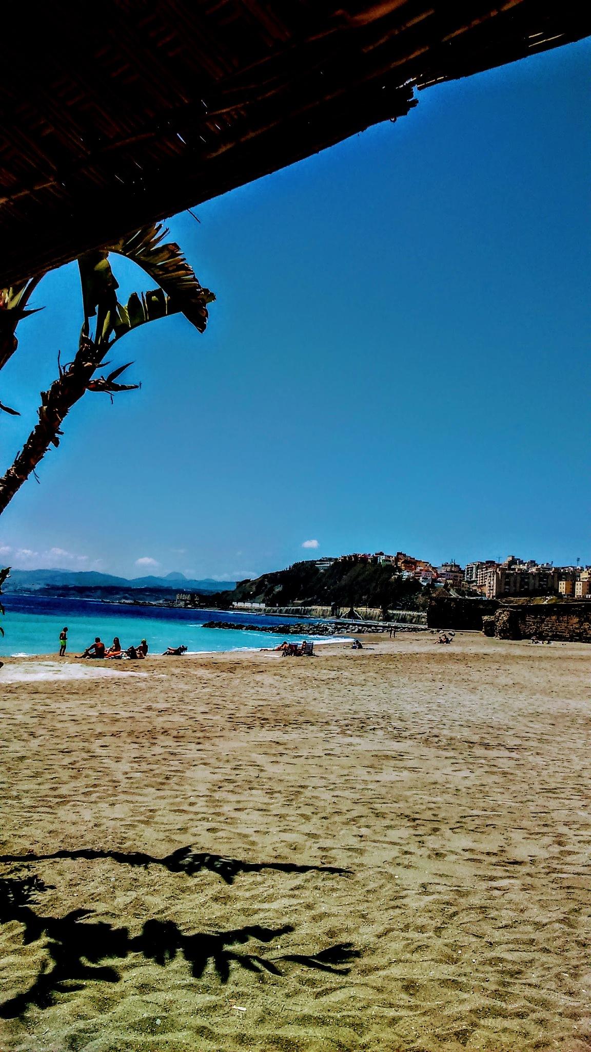 La playa de la Ribera. CEUTA  by Pura