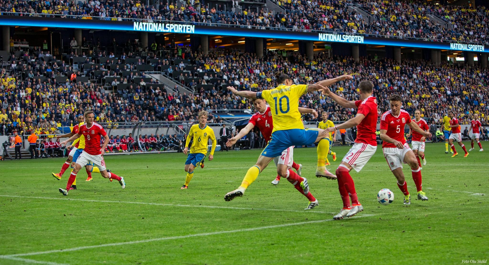 Zlatan action again by Ola Sköld