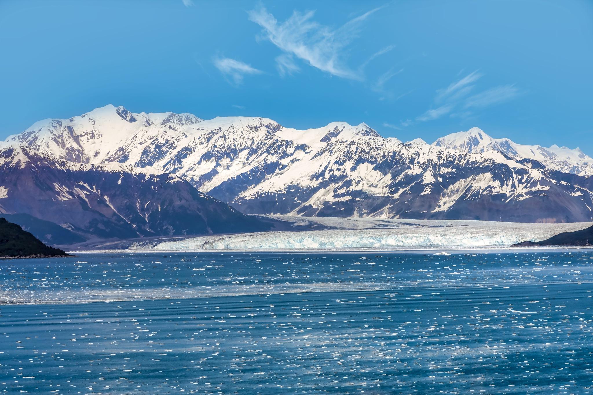 Hubbard glacier by Martina Birnbaum