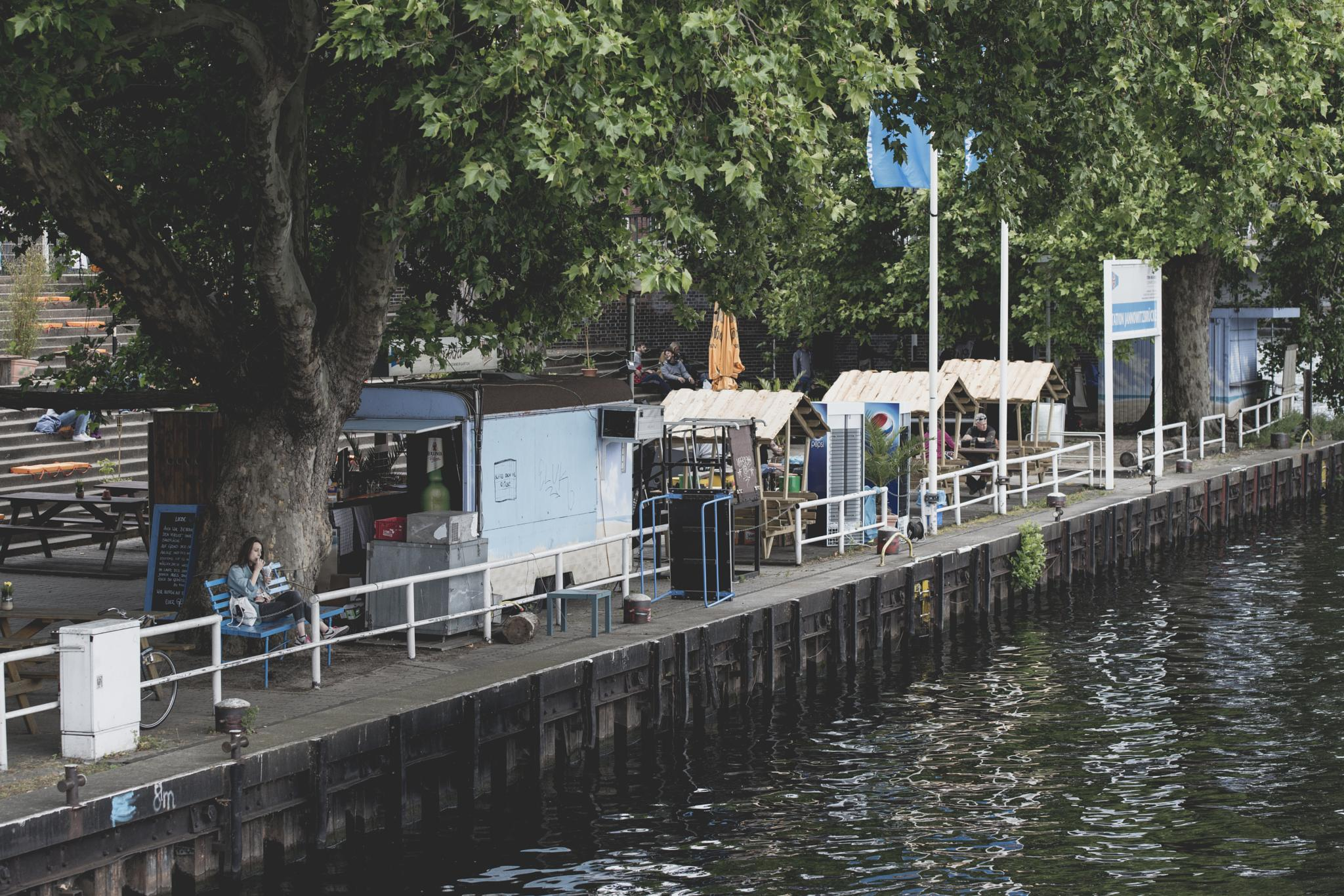 Berlin ... chillout at the rivers by Carsten Busch