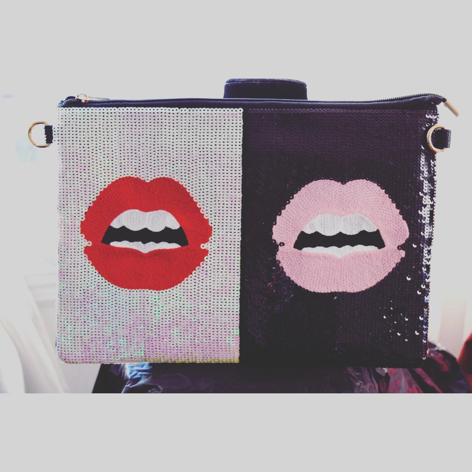 Kiss kiss by Bellavxyn