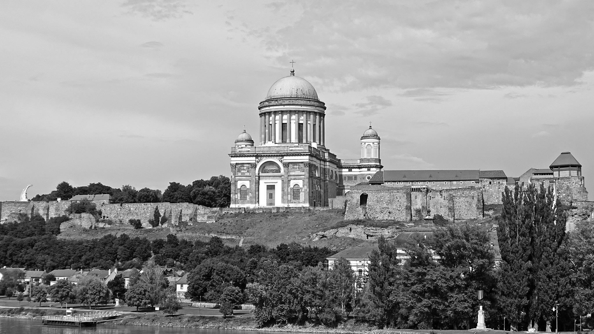 Basilica of Esztergom by westprem