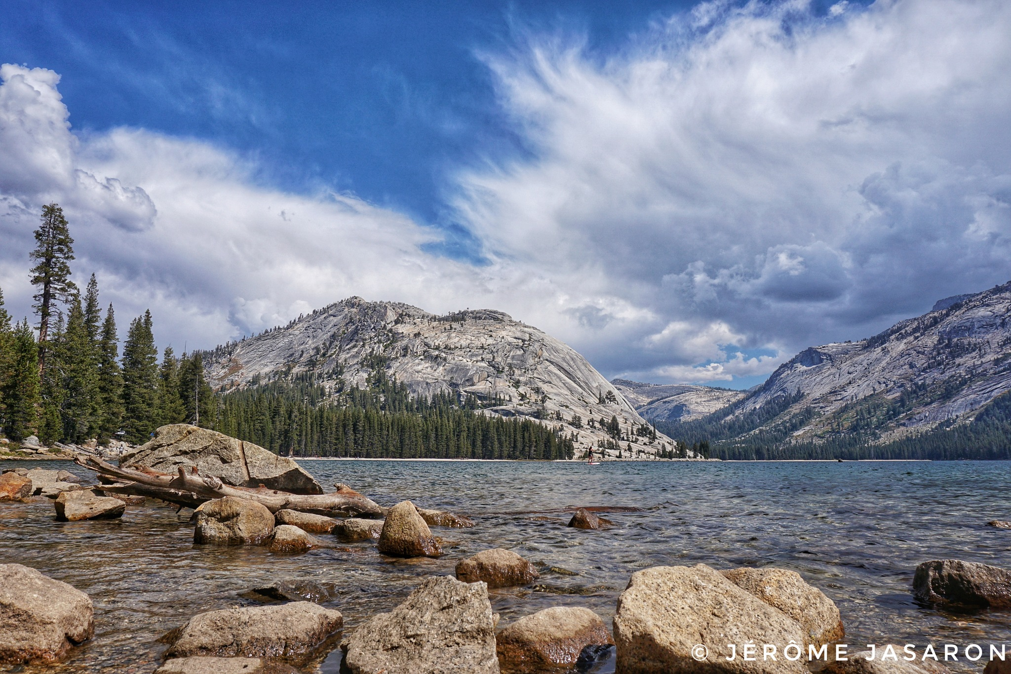 Yosemite's road by jeromejasaron