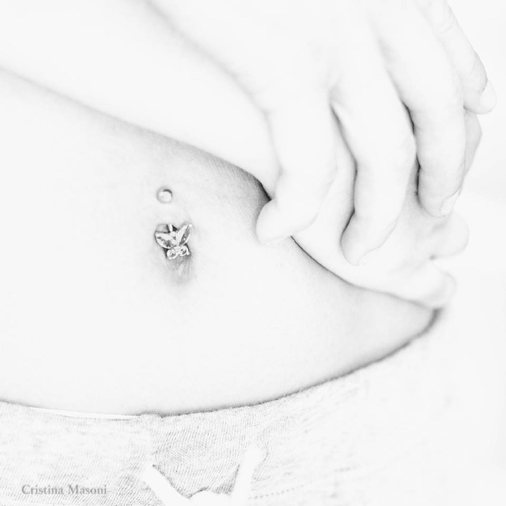 I hug you by Cristina Masoni