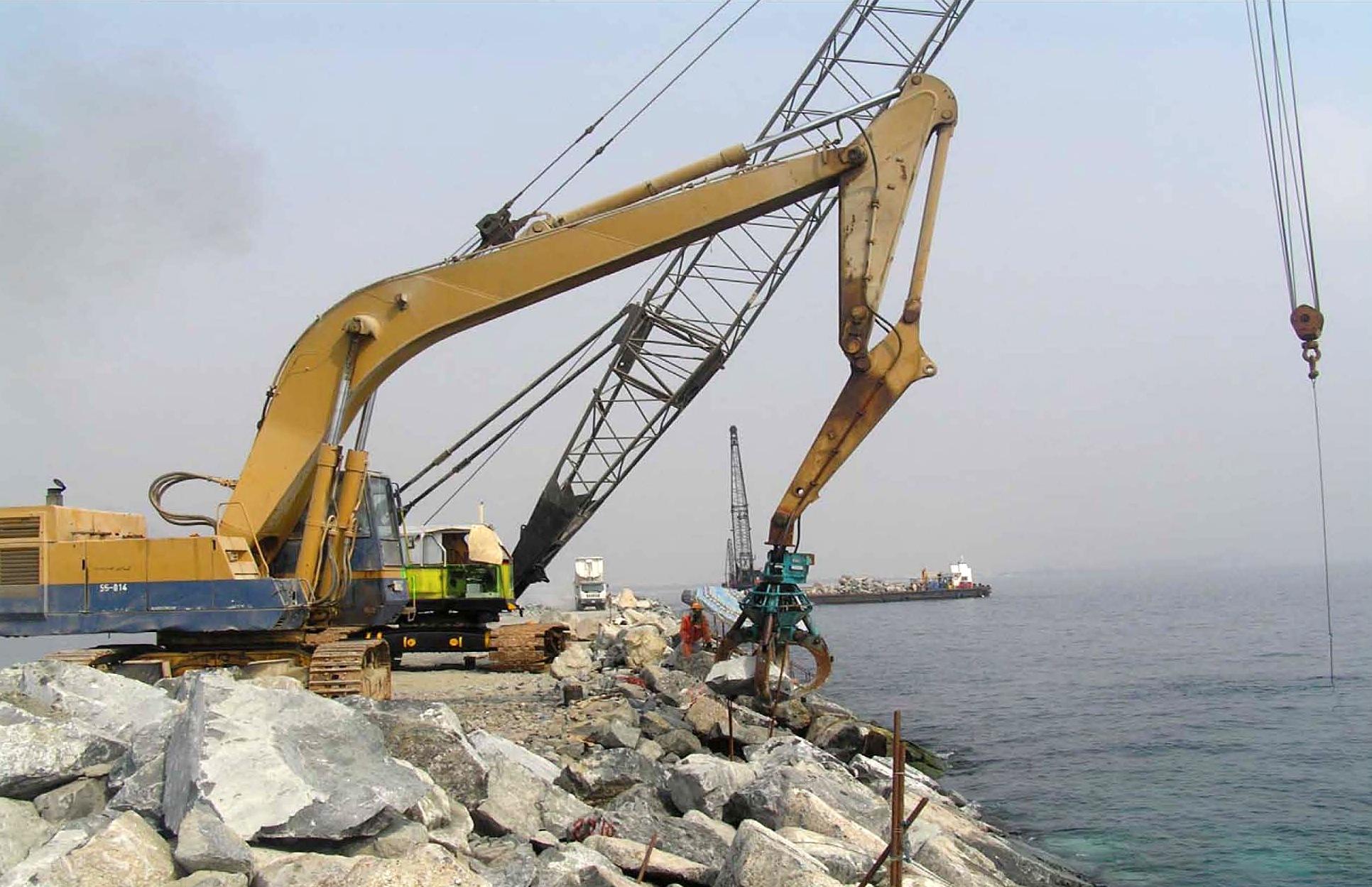Khorffakan Port Expansion by Mohamed Dekkak