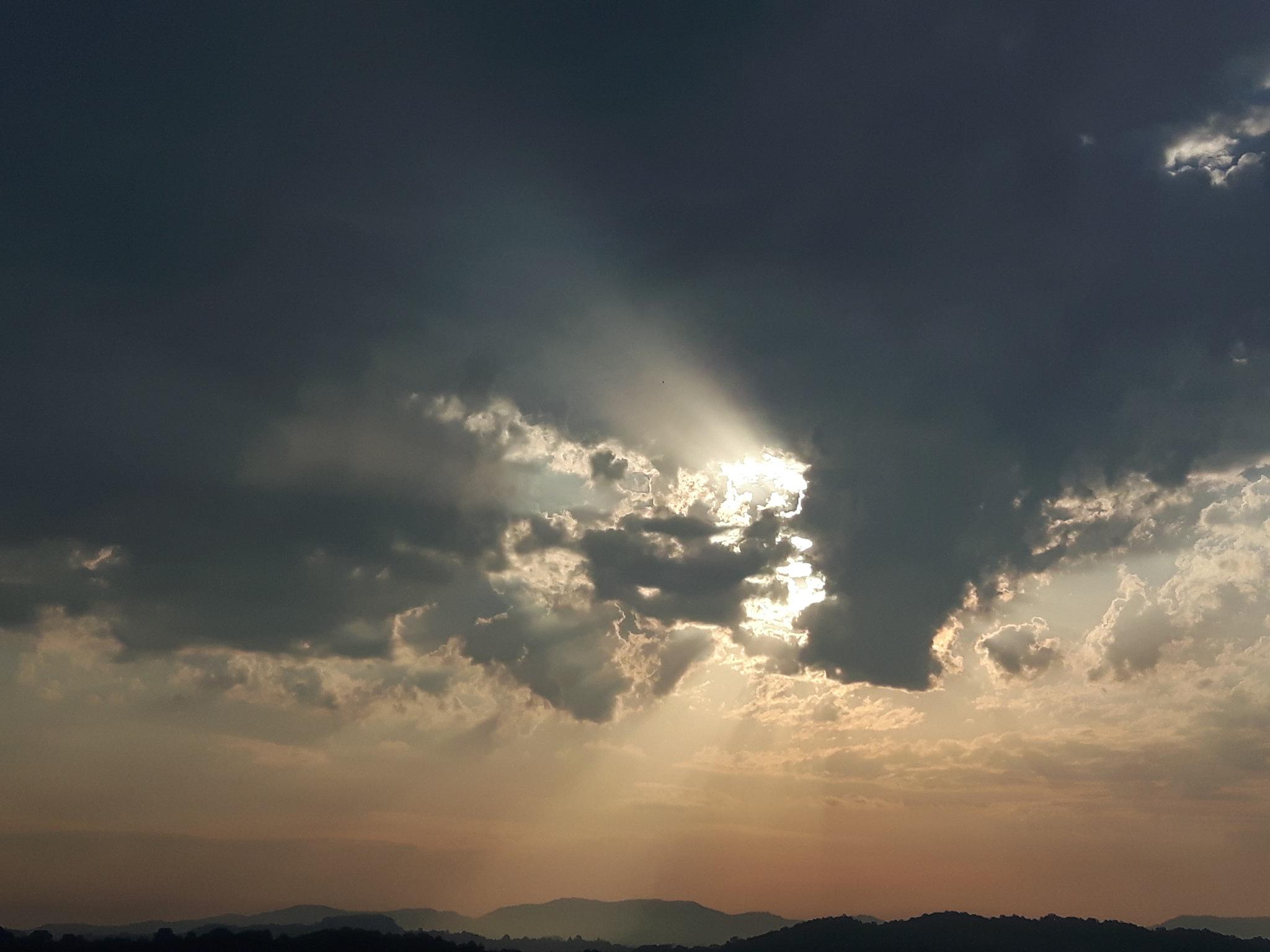 Drama on the sky 4 by Mevludin_Hasanovic