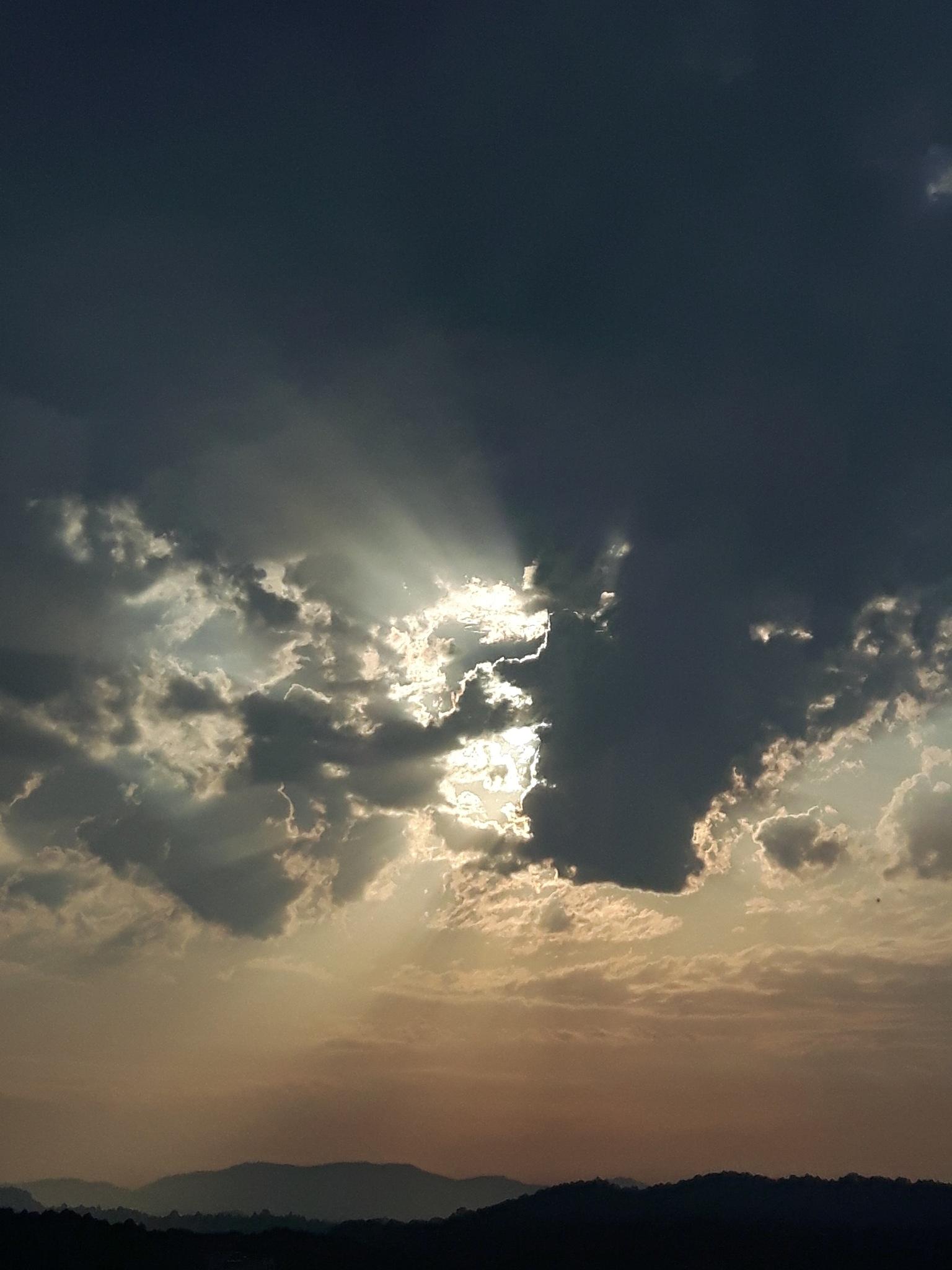 Drama on the sky 2 by Mevludin_Hasanovic