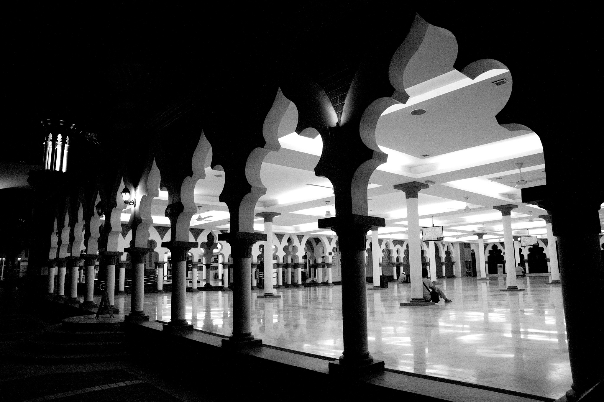 shoot the building in street in black and white series by Mustaffa Tapa Otai