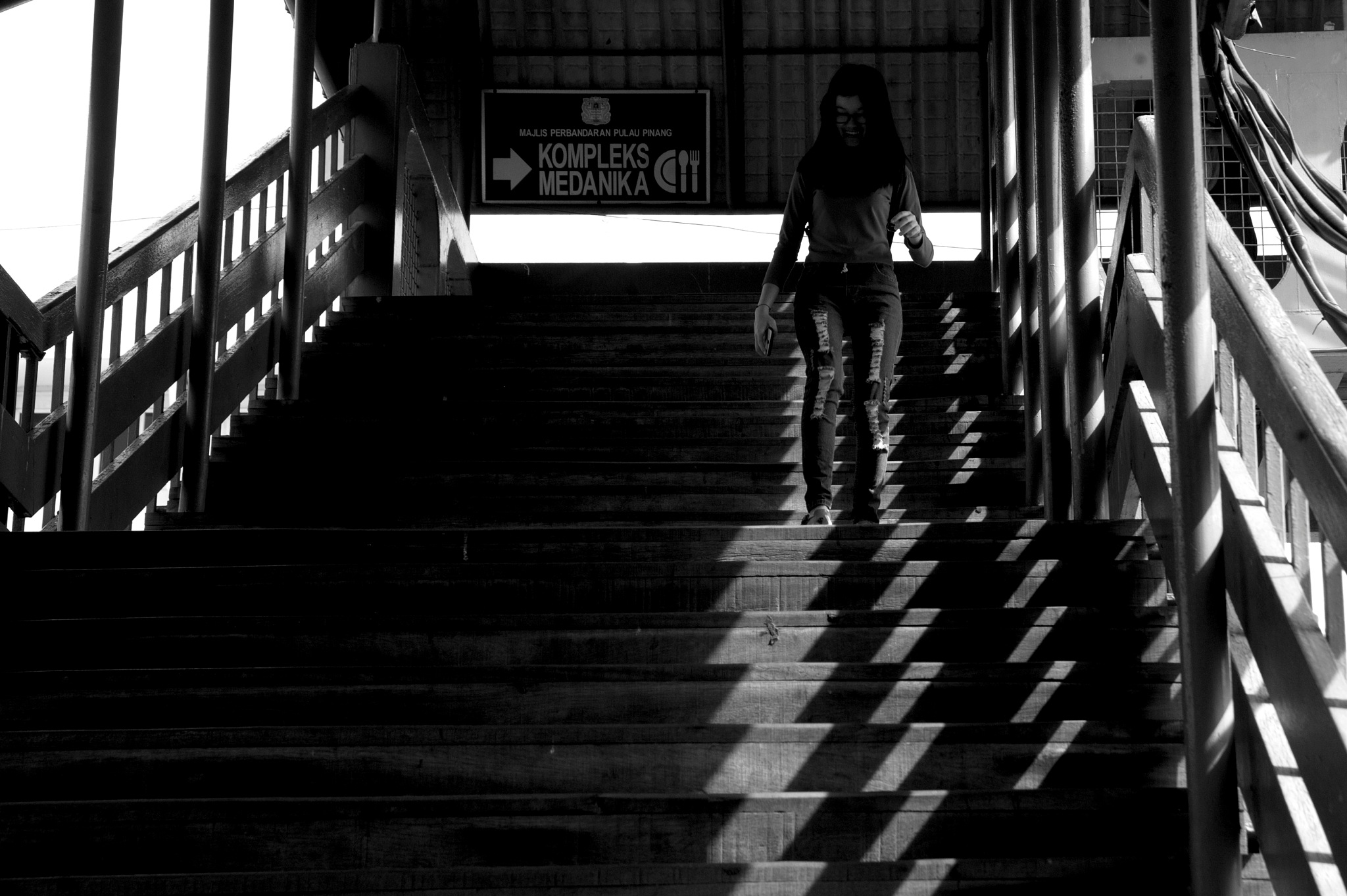 coming down by Mustaffa Tapa Otai