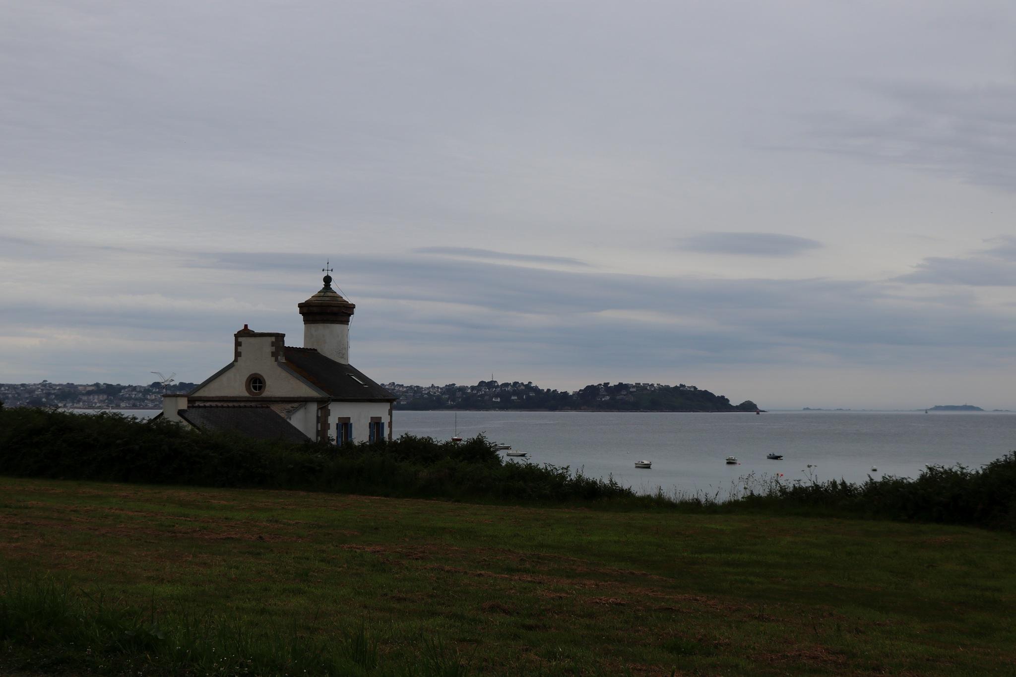 phare de Nantouar #1 by philray