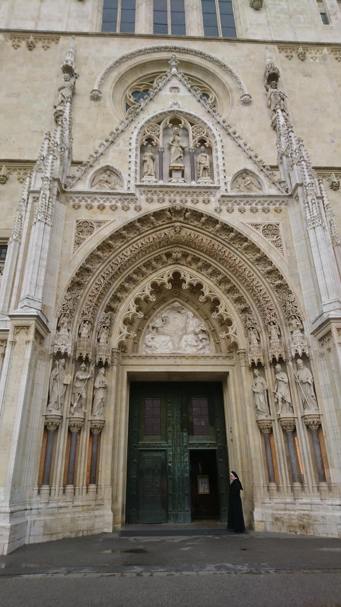 The Entrance Portal...  by rositaburgoa