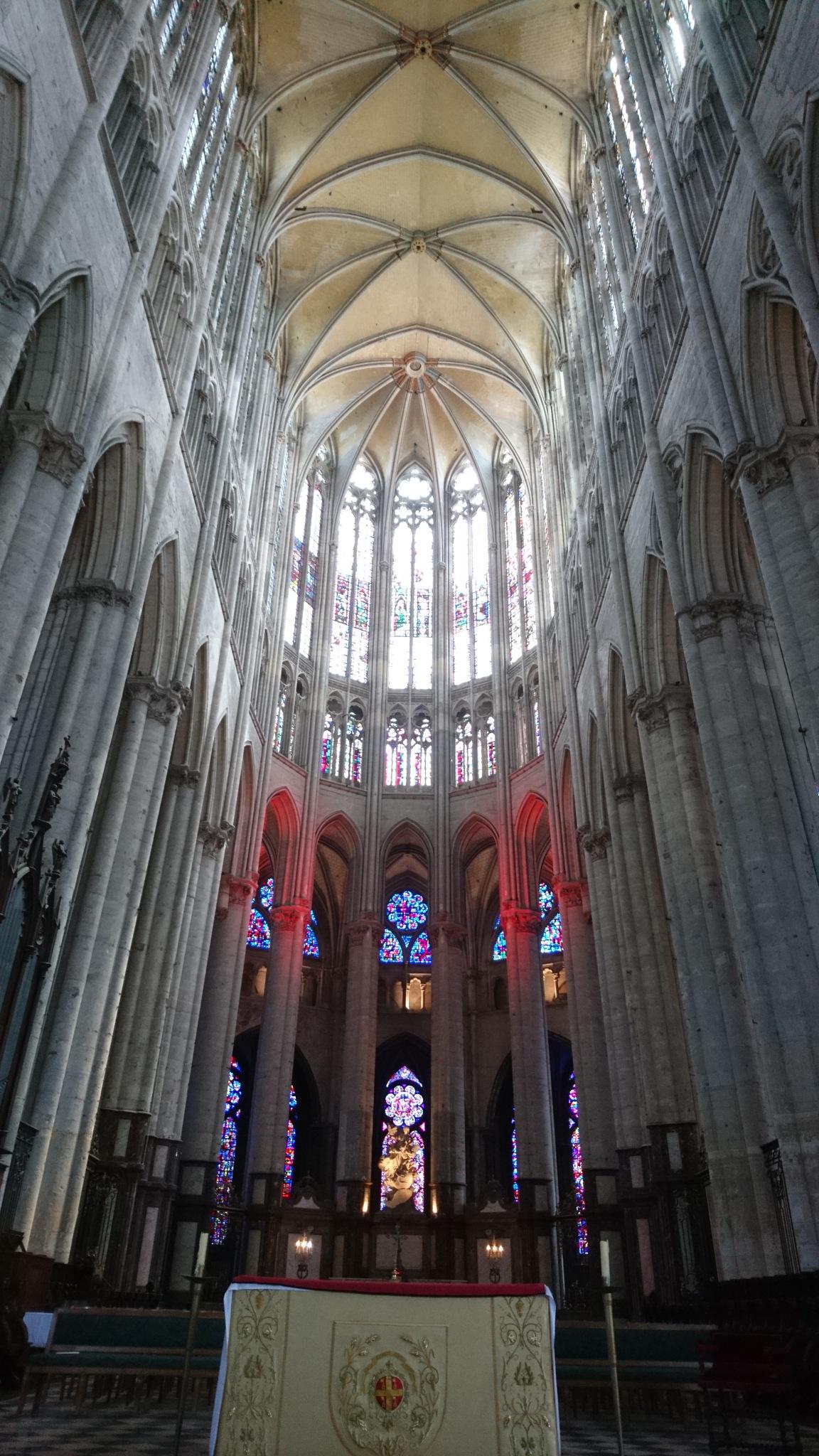 Cathedral Saint Pierre of Beauvais....  by rositaburgoa