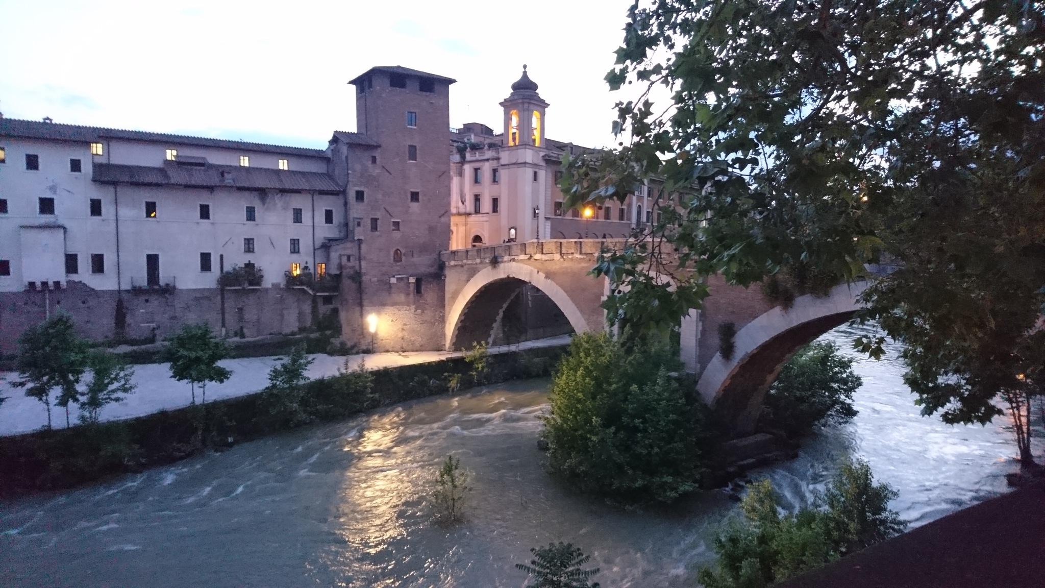 Ponte dei Quattro Capi by rositaburgoa