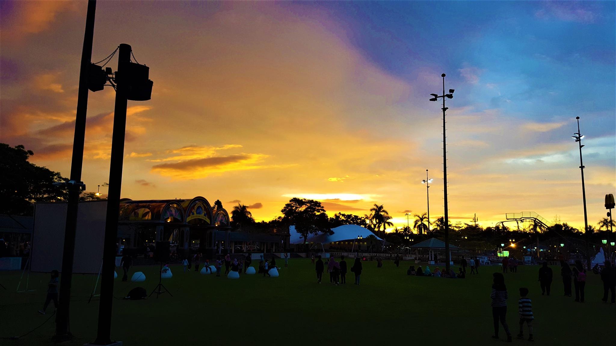 Pastel Sky at Jerudong Park by Syiqah A.