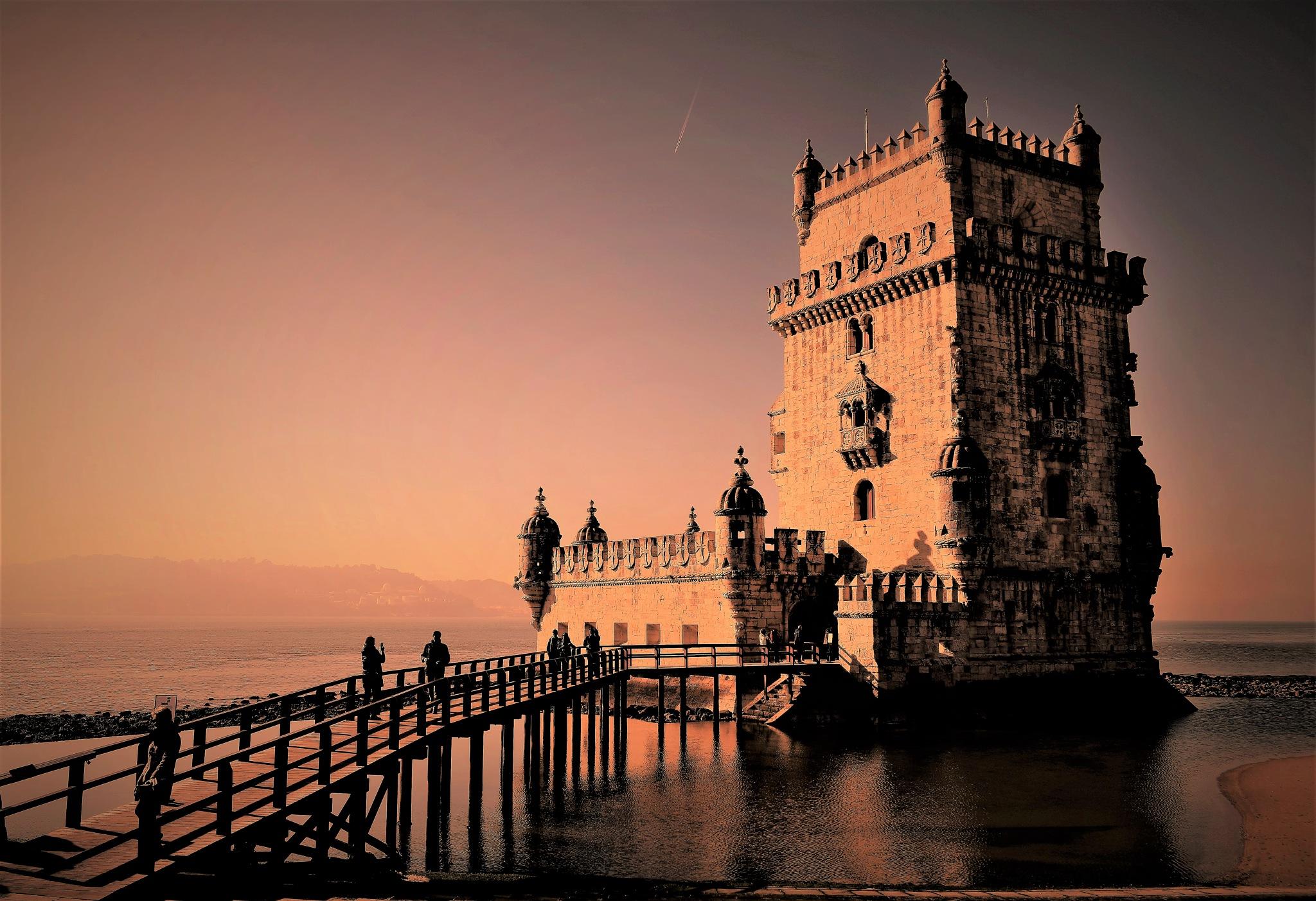 Belém Tower by JFerreira
