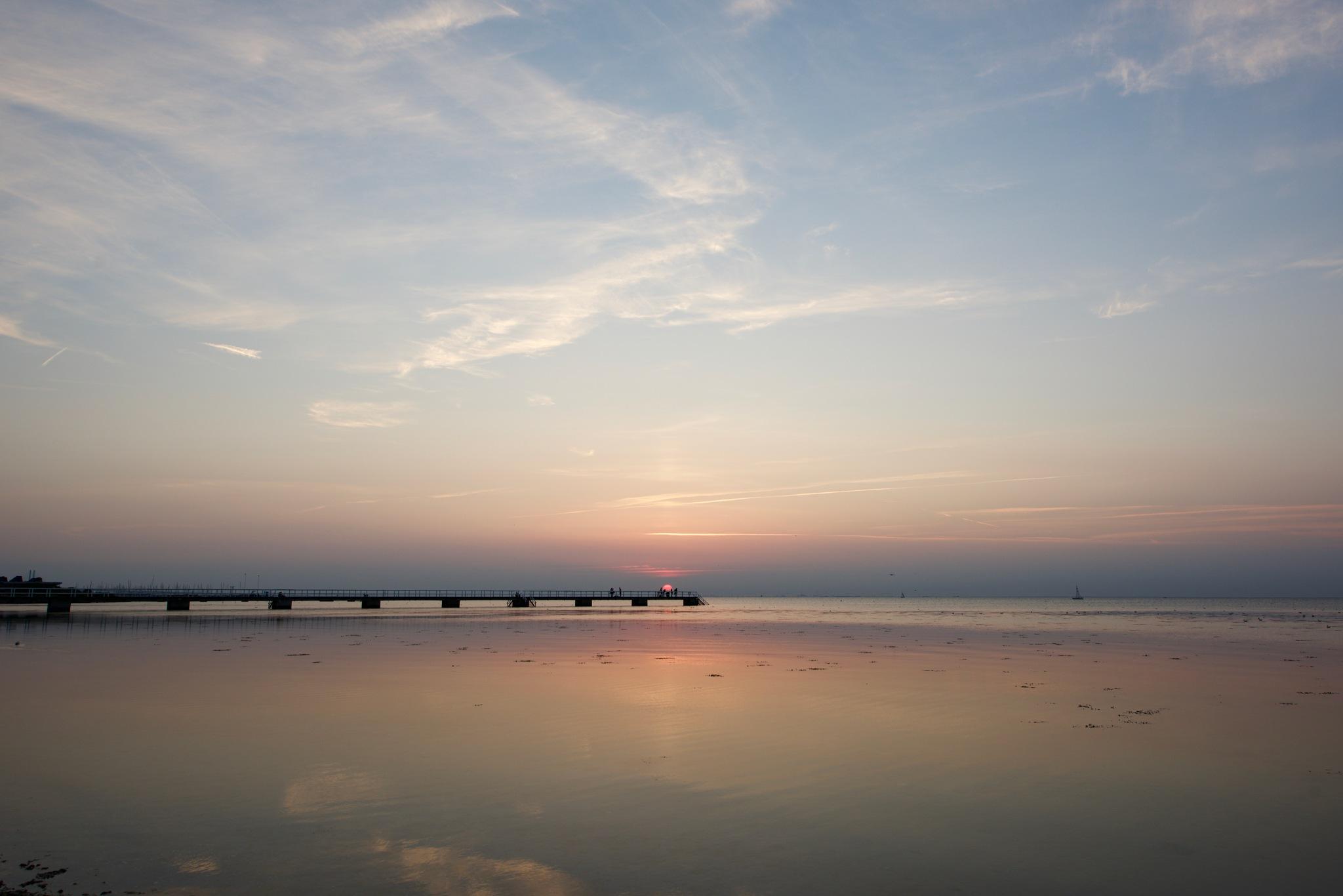 Sunset Malmö 8844! by Memed Bayatli
