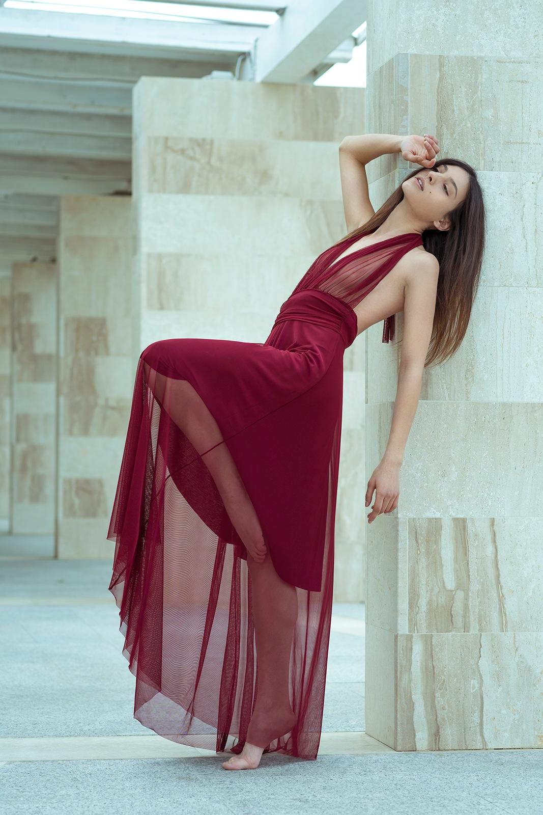Red dress by Sergio Derosas