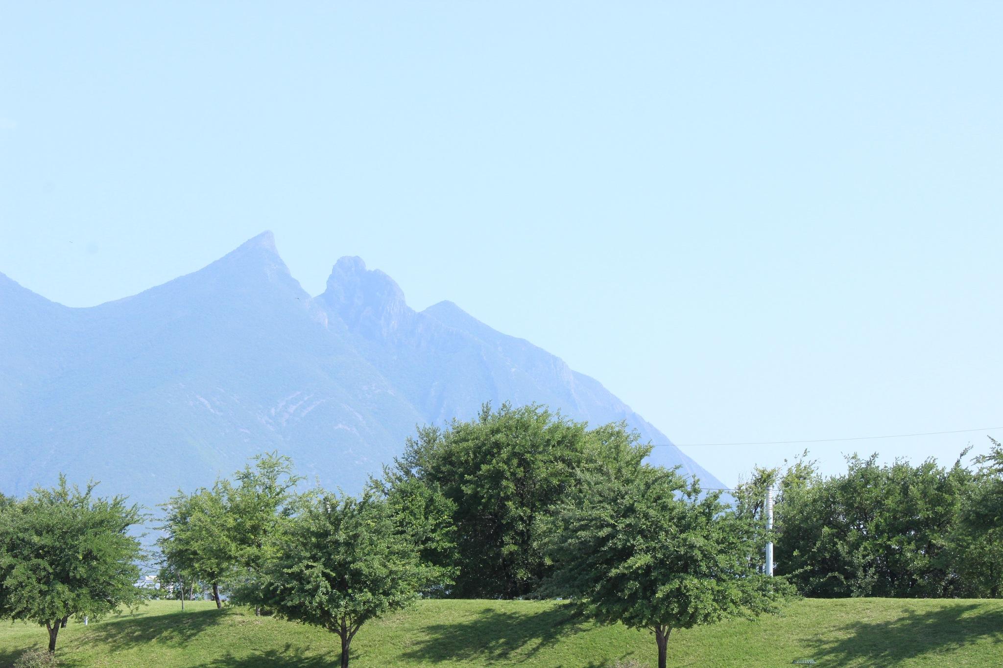 Cerro se la silla by sandy_pao15