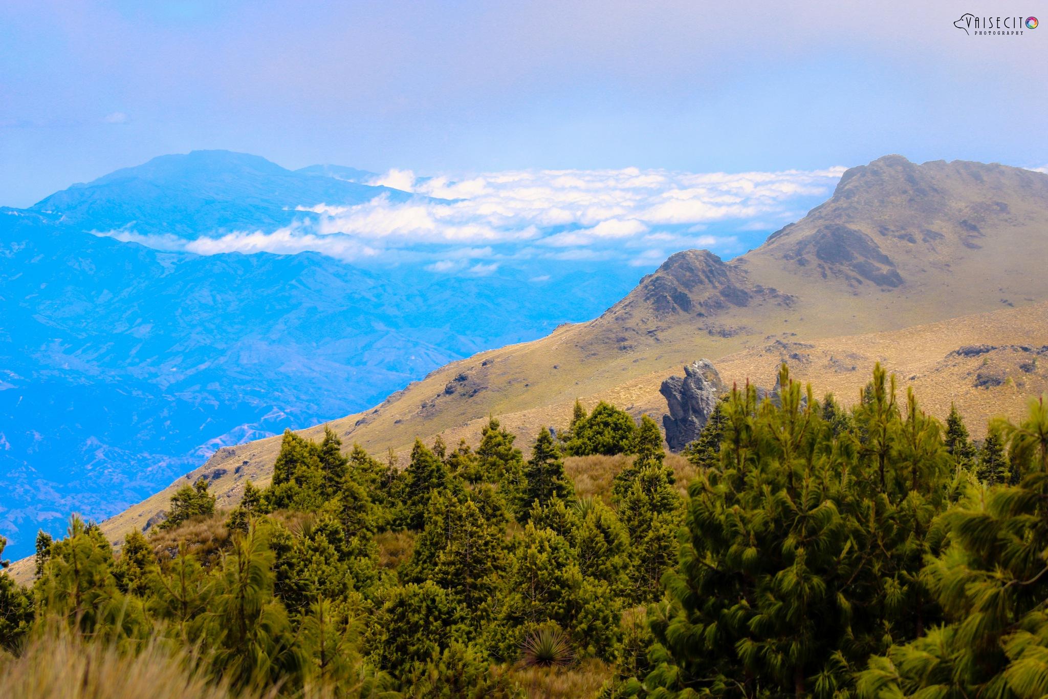 Cerro de Arcos by Vaisecito