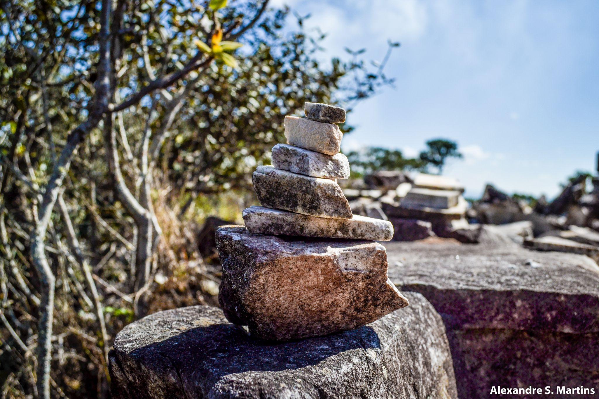 Pedra sobre Pedra by Alexandre Simões Martins