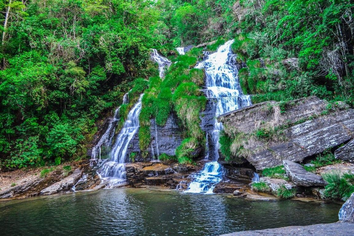 Cachoeira by Alexandre Simões Martins