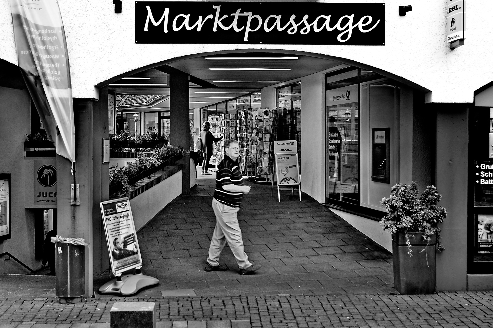 . . . ... some shopping in the market Passage by Underground Photography