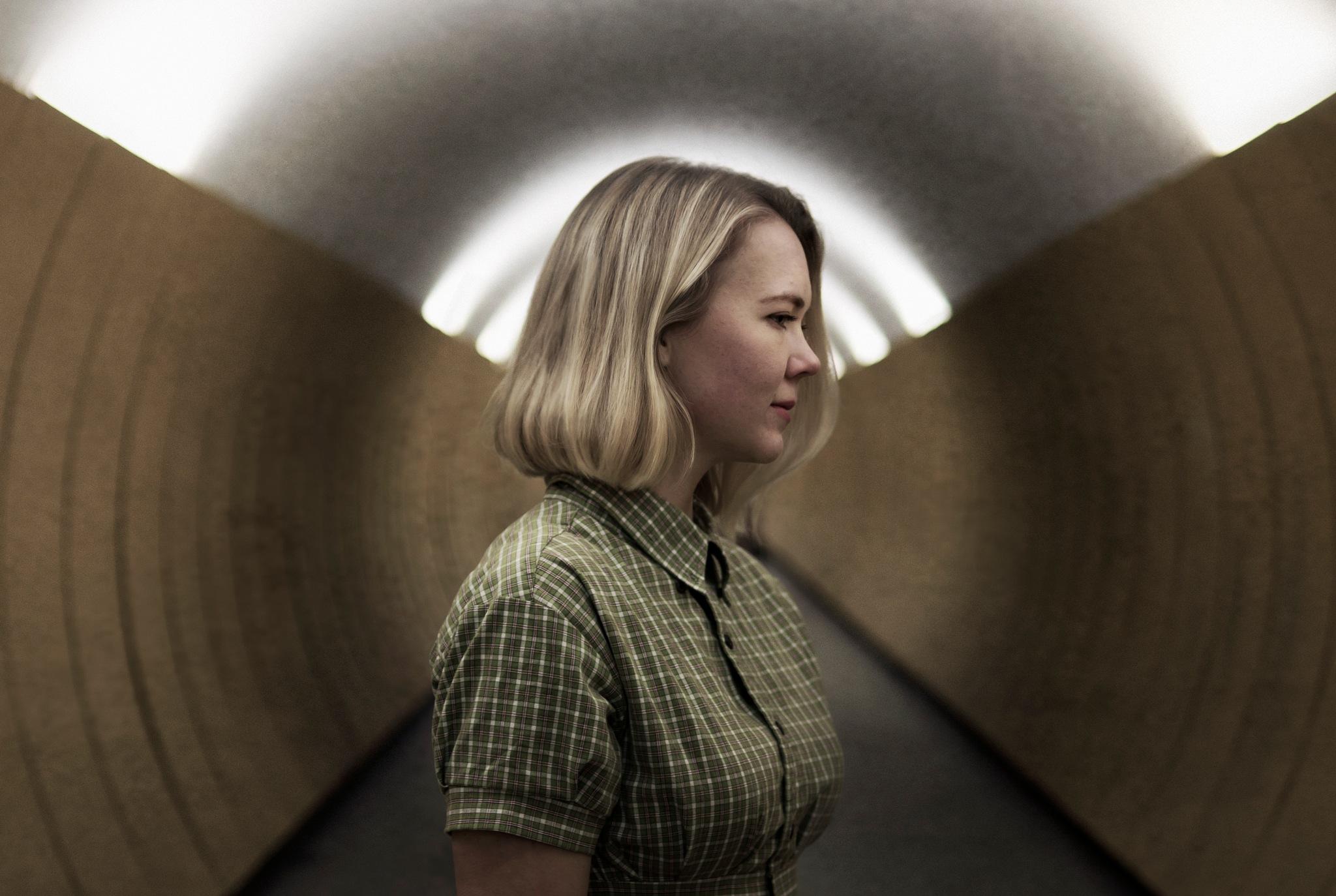 Tunnel vision by Isabel Herlöfsson