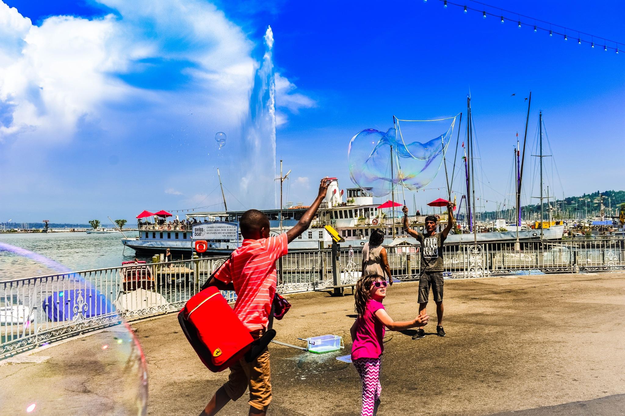 fountain & bubble by elecsabah