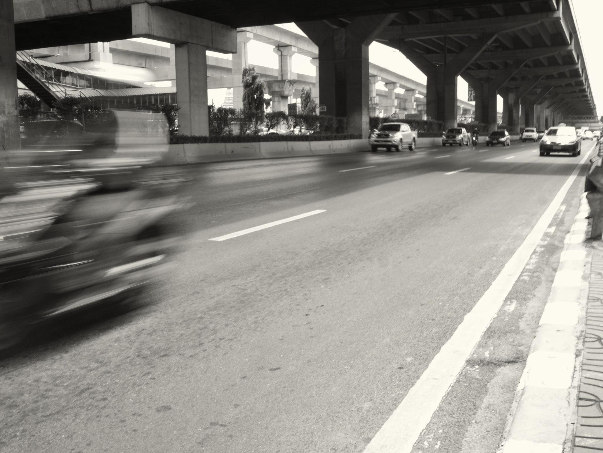 Bangkok main road by TonyG