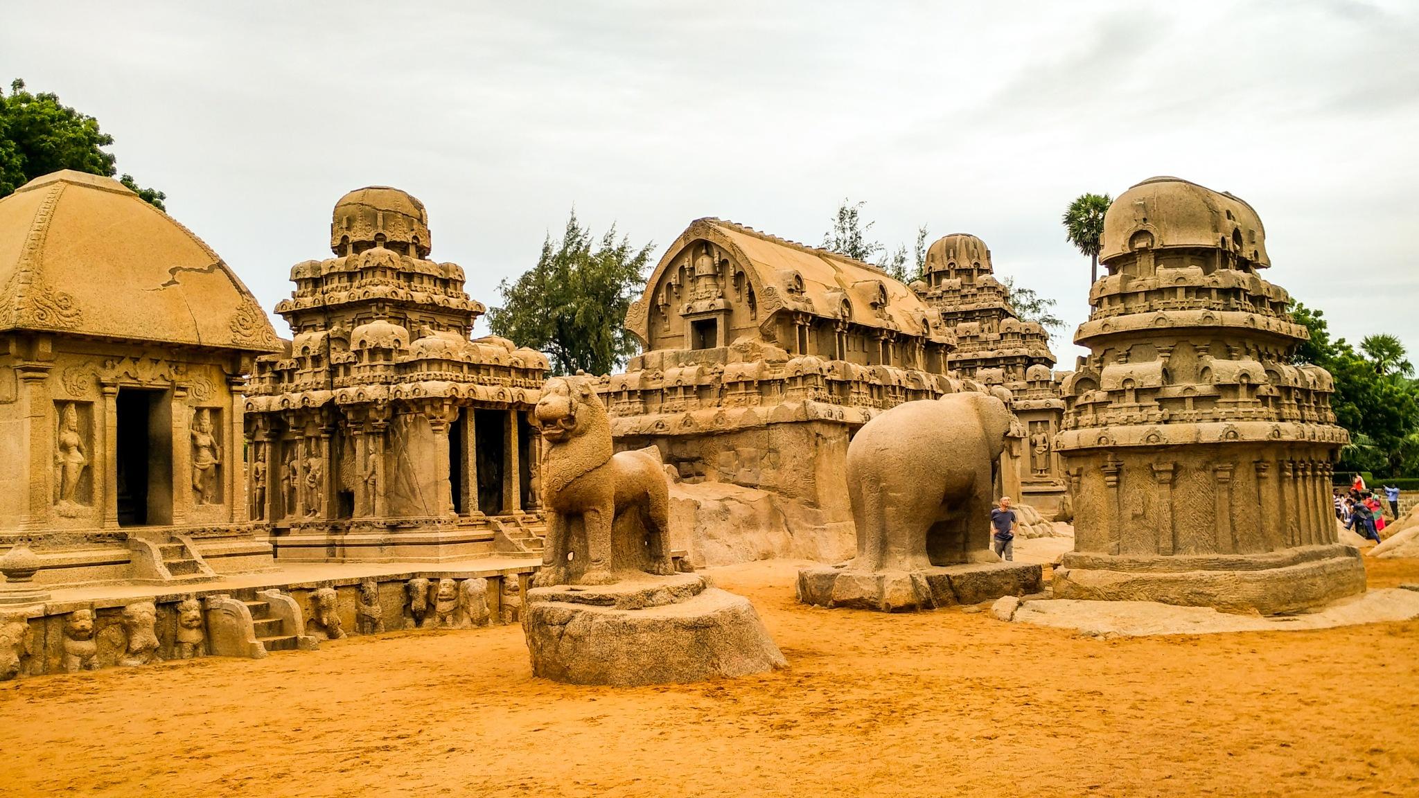 Maamallapuram by DatchanaMoorthy Ramu