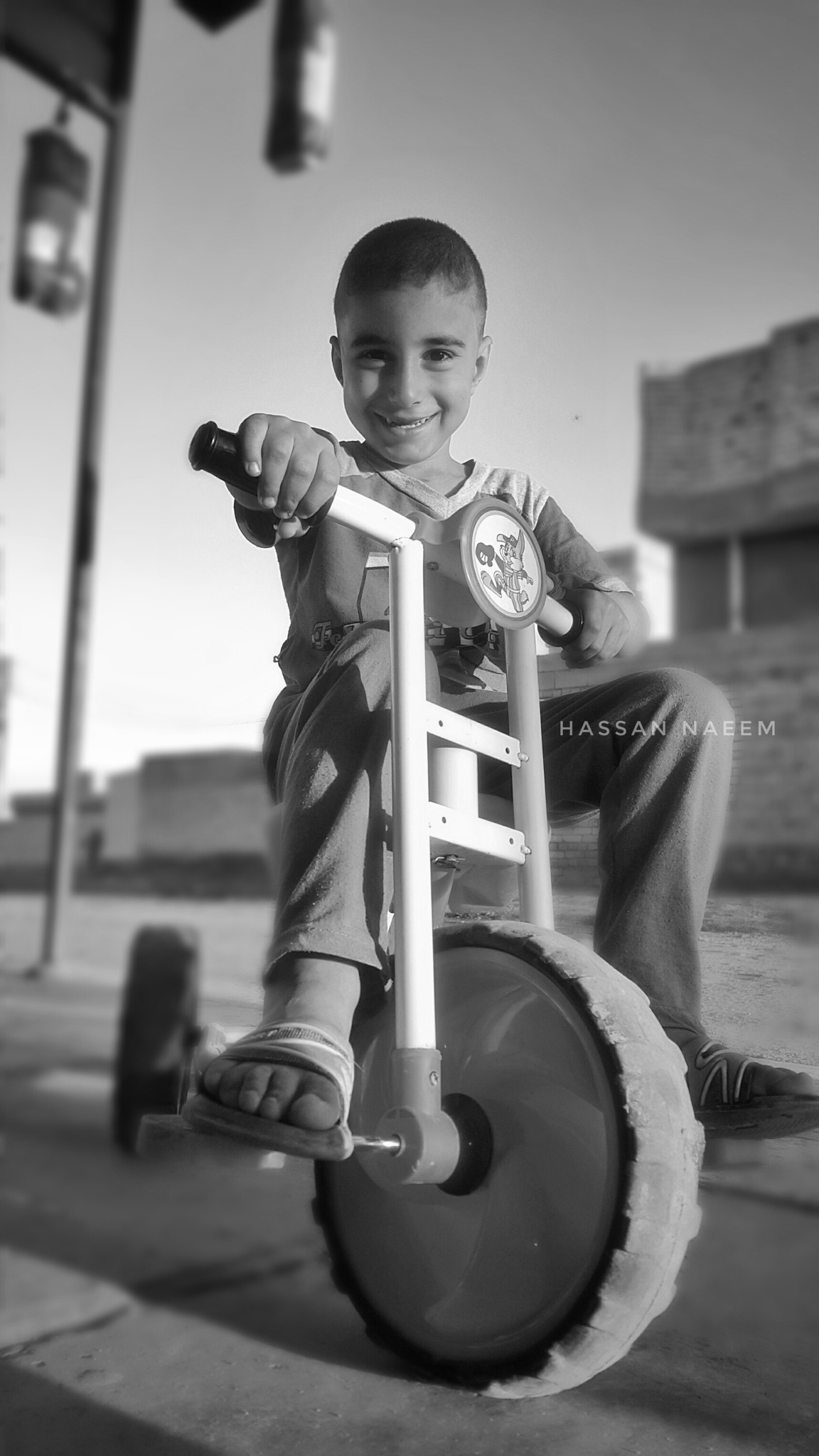 portrait °•°2121 by Hassan Naeem