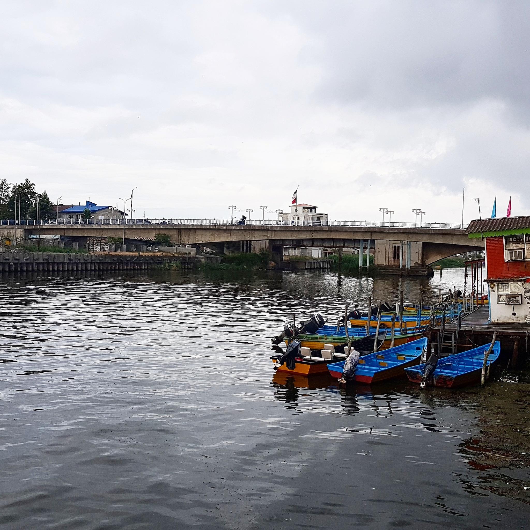 Anzali port by taherikambiz