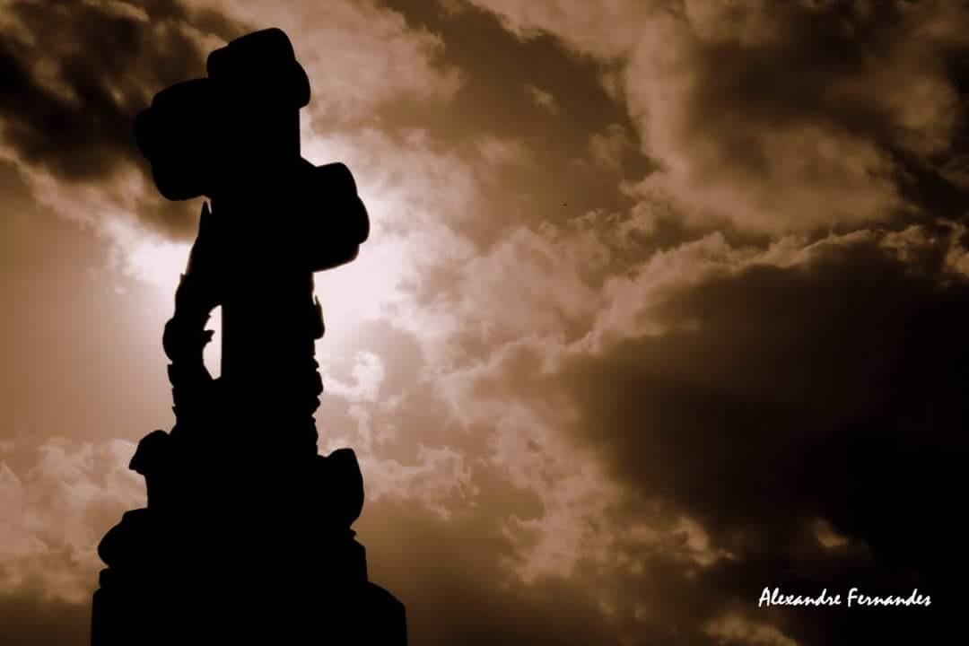 A cruz by Alexandre S. Fernandes