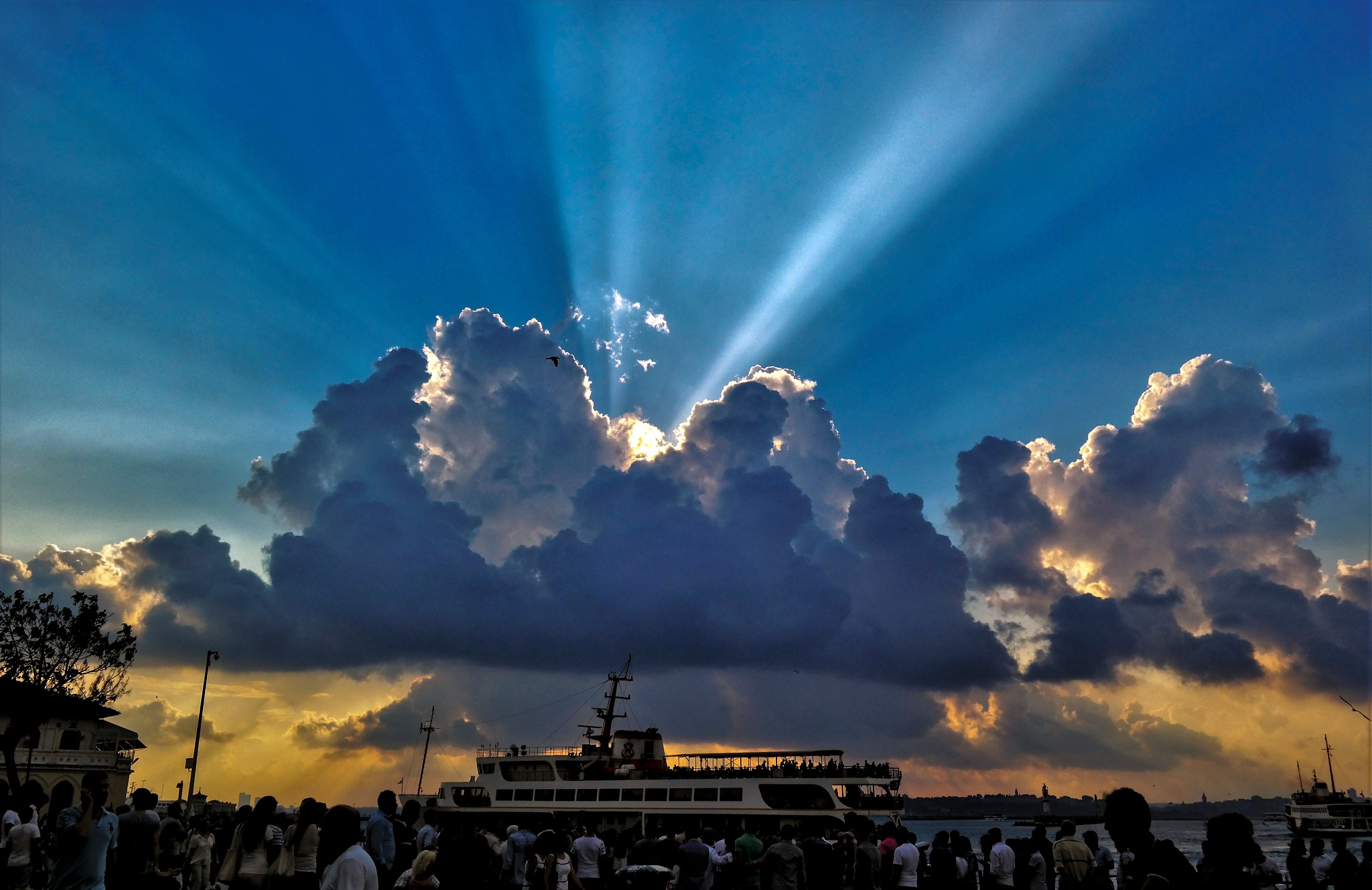amazing sky by Muhsin Özcan