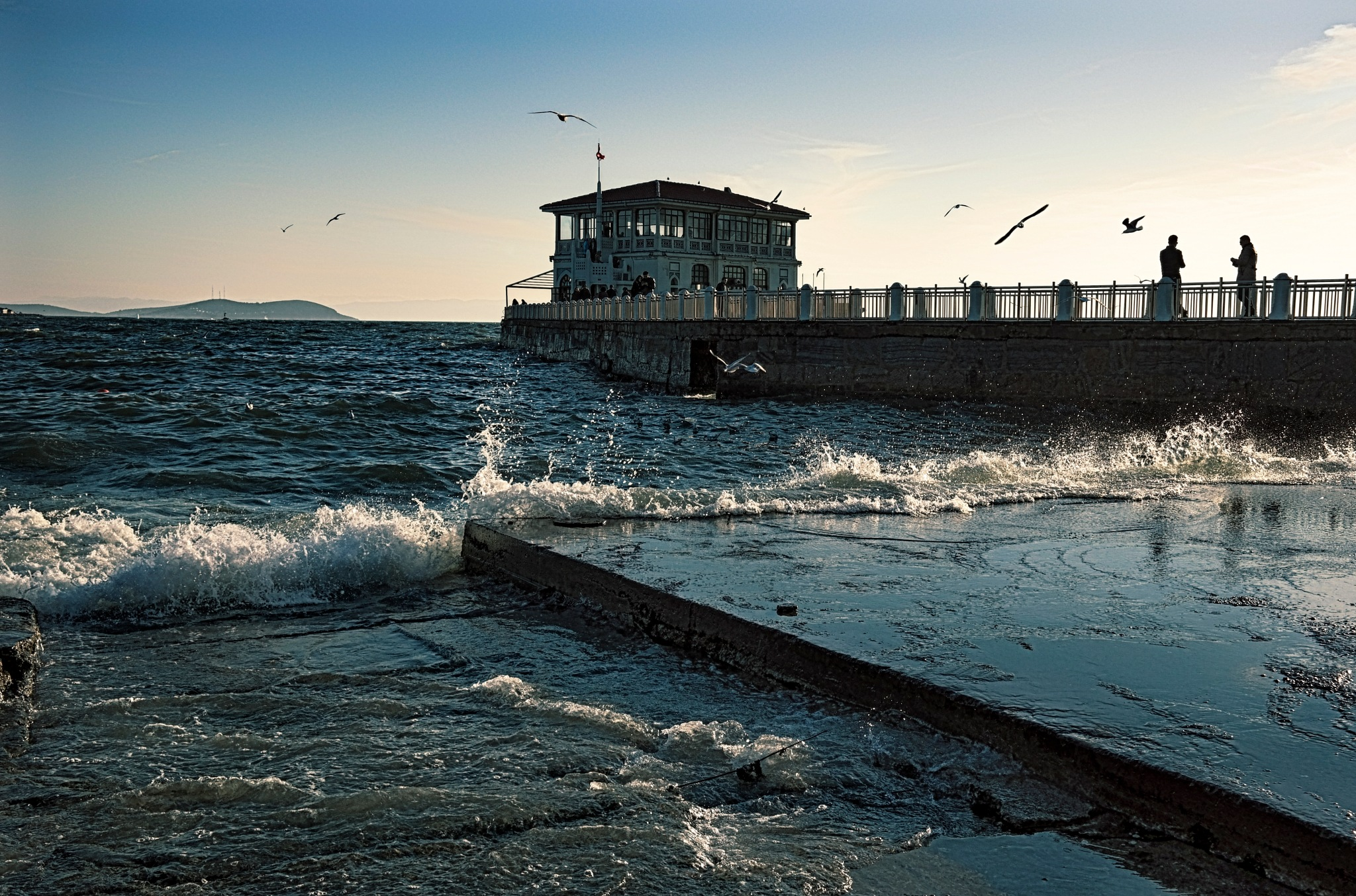 the pier and the waves by Muhsin Özcan