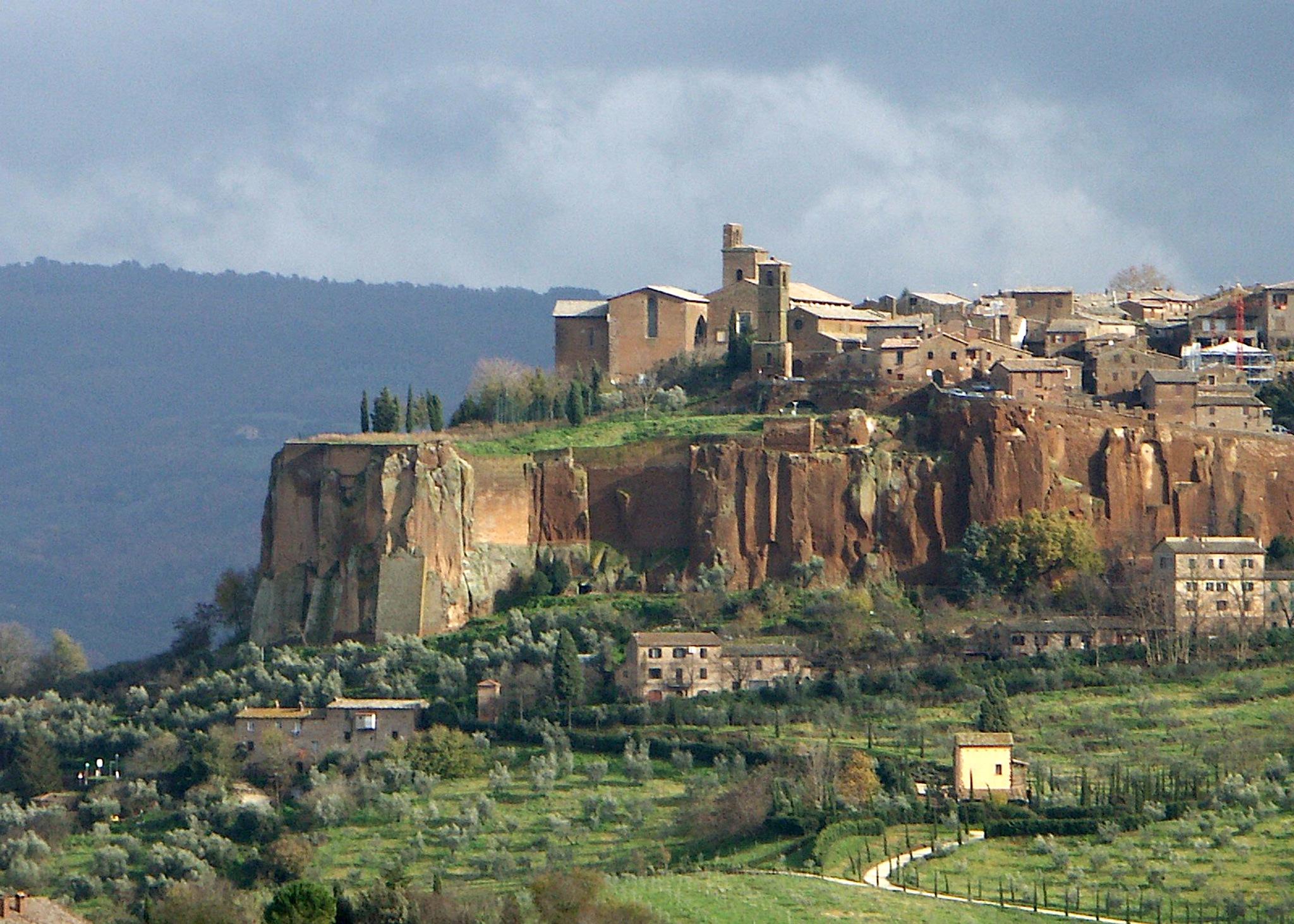 Ovieto, Italy by kfboland125
