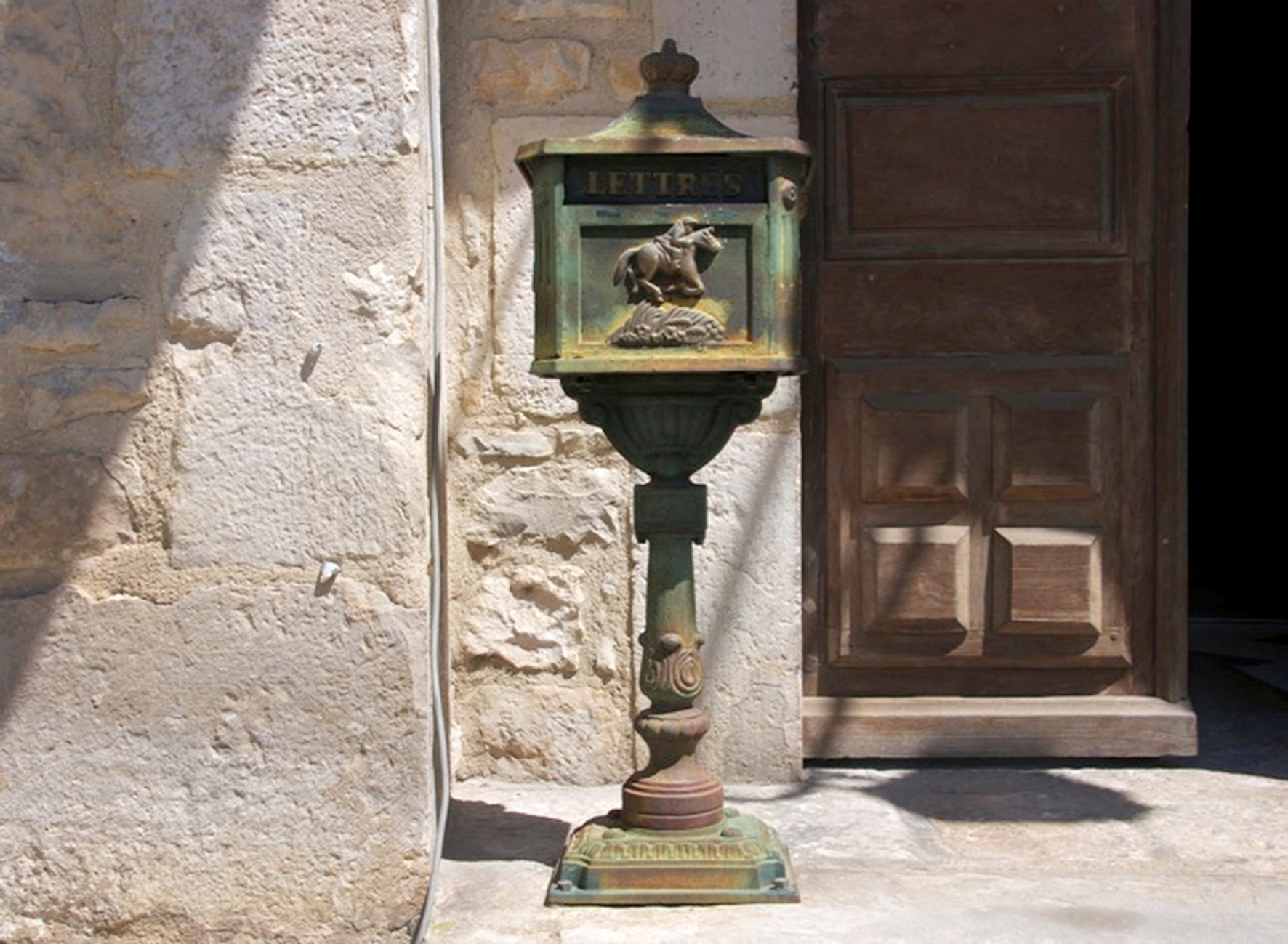 Letterbox, Caylus, France by kfboland125