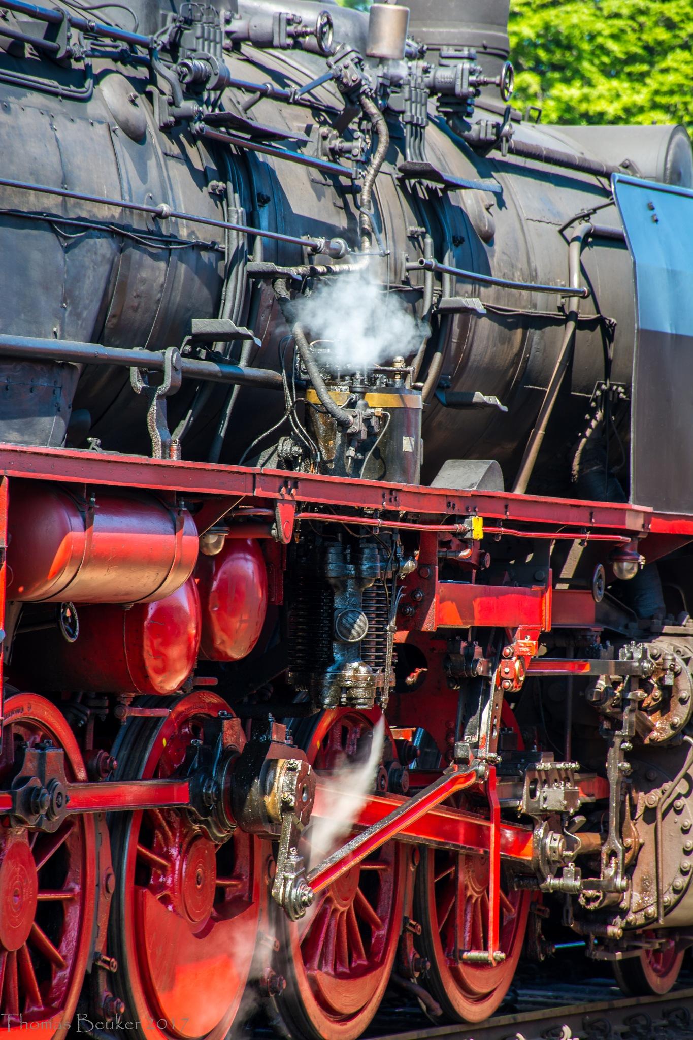 steam engine by ThomasBeuker