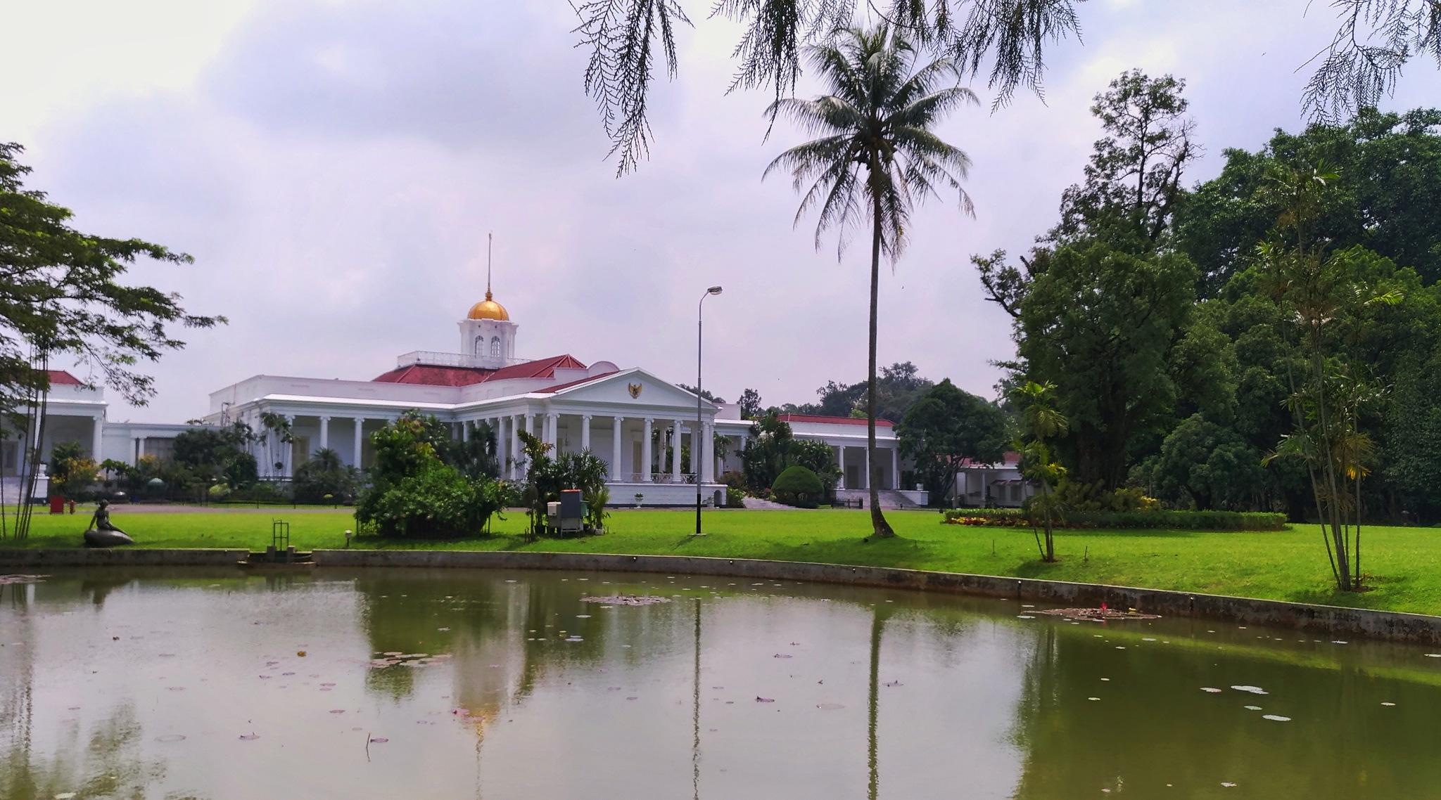 Bogor Presidential Palace by Bavner Donaldo
