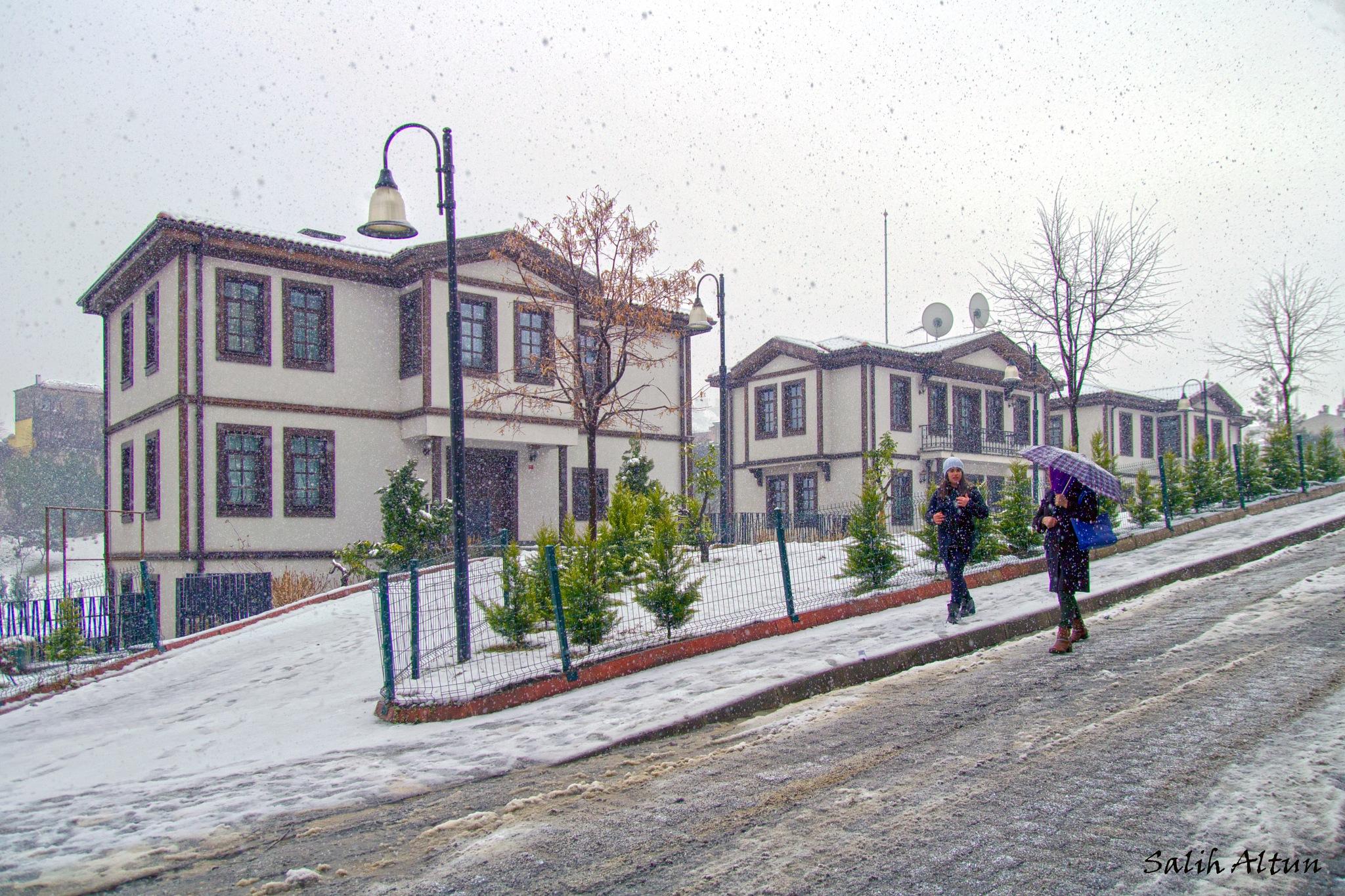 Ortahisar/Trabzon  by Salih Altun