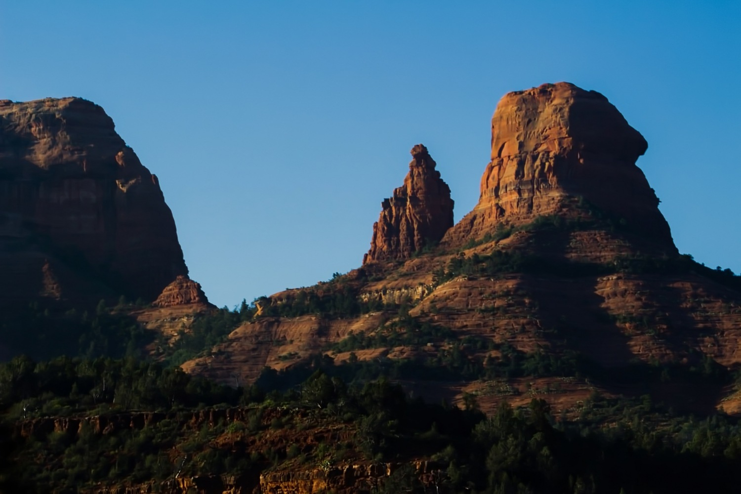 Sunrise on Red Rocks by Eric Wilson