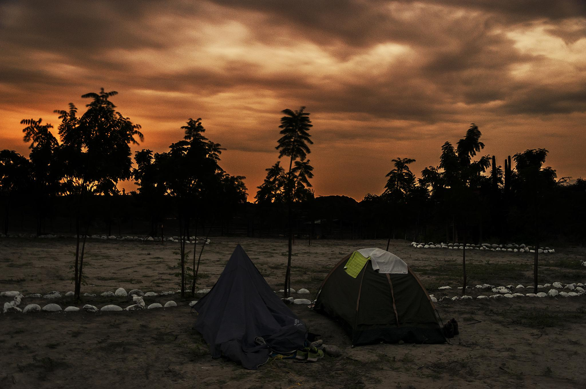 Camping under the Tatacoa´s  desert sky  by Andres Grajales