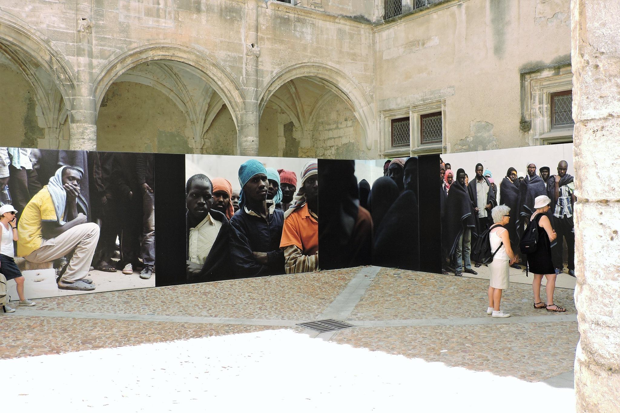 Samuel Gratacap, Fifty-fifty | Les Rencontres de la photographie, Arles. by Ana Botelho