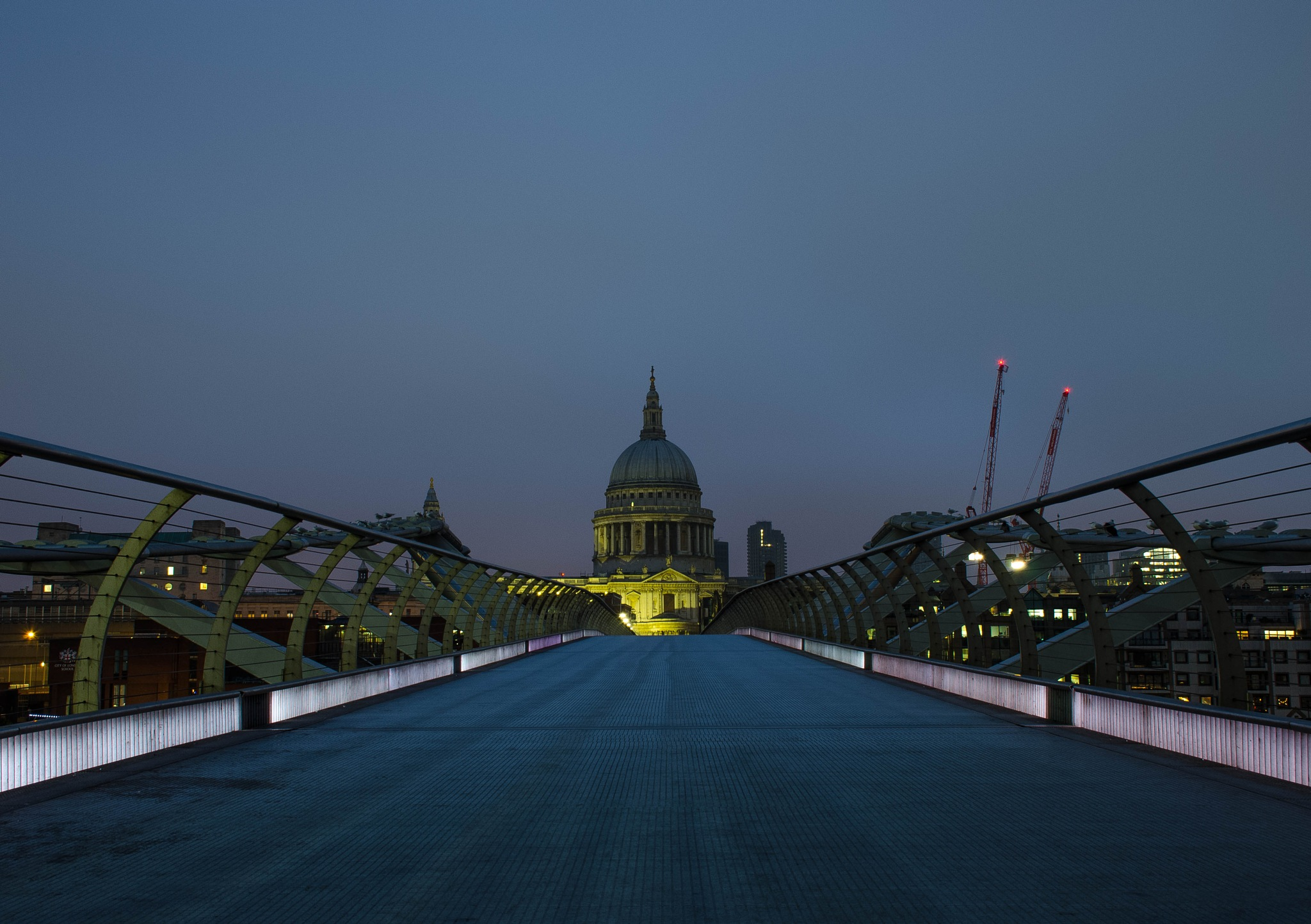 St Paul Cathedral from Millennium Bridge by Gilles Stastny