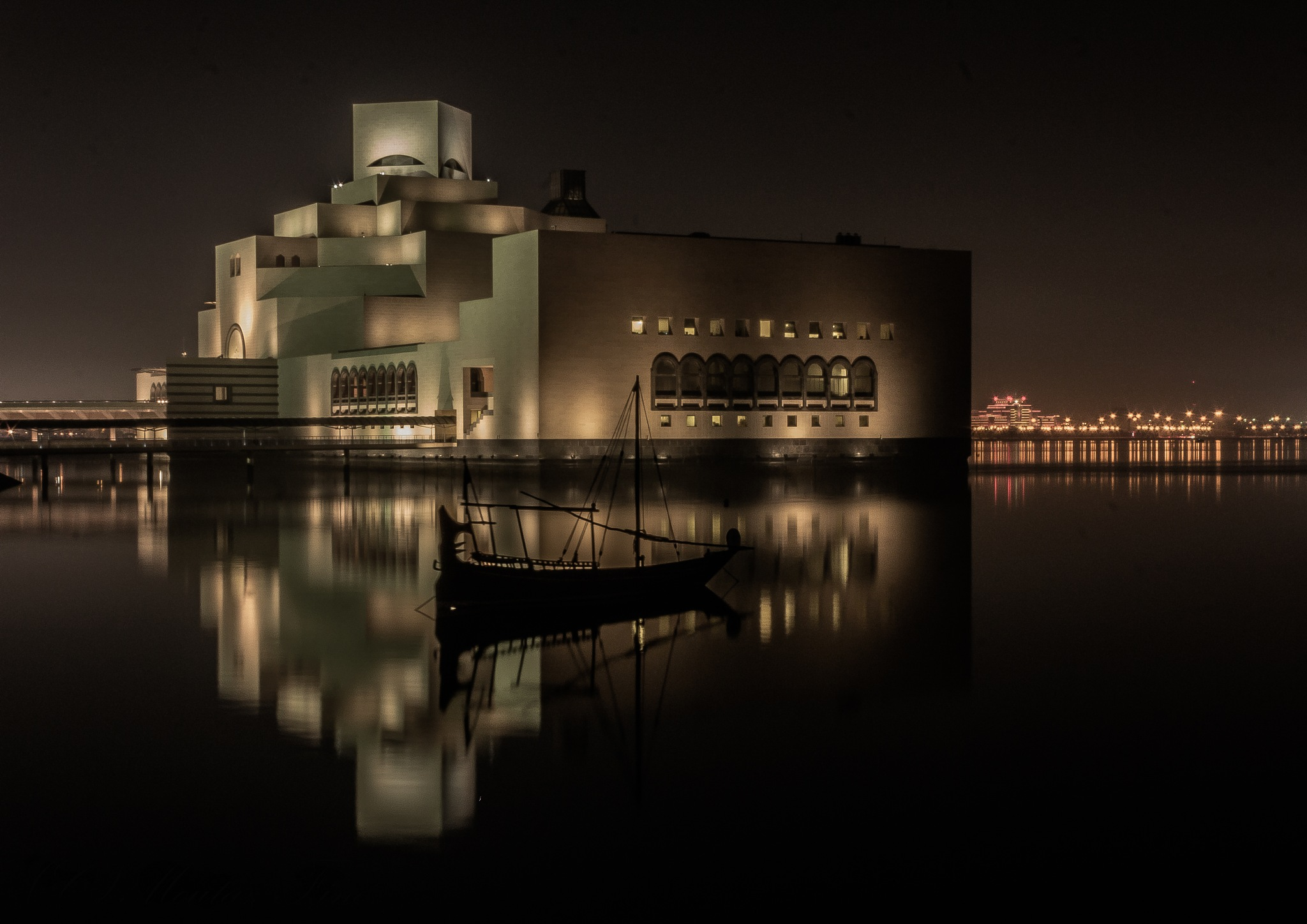 Islamic Art Museum by Moutaz Fino