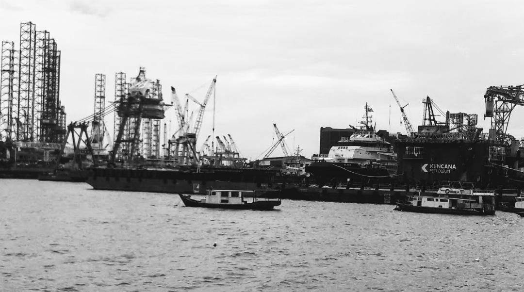 Sea Port.. by Gary Yap