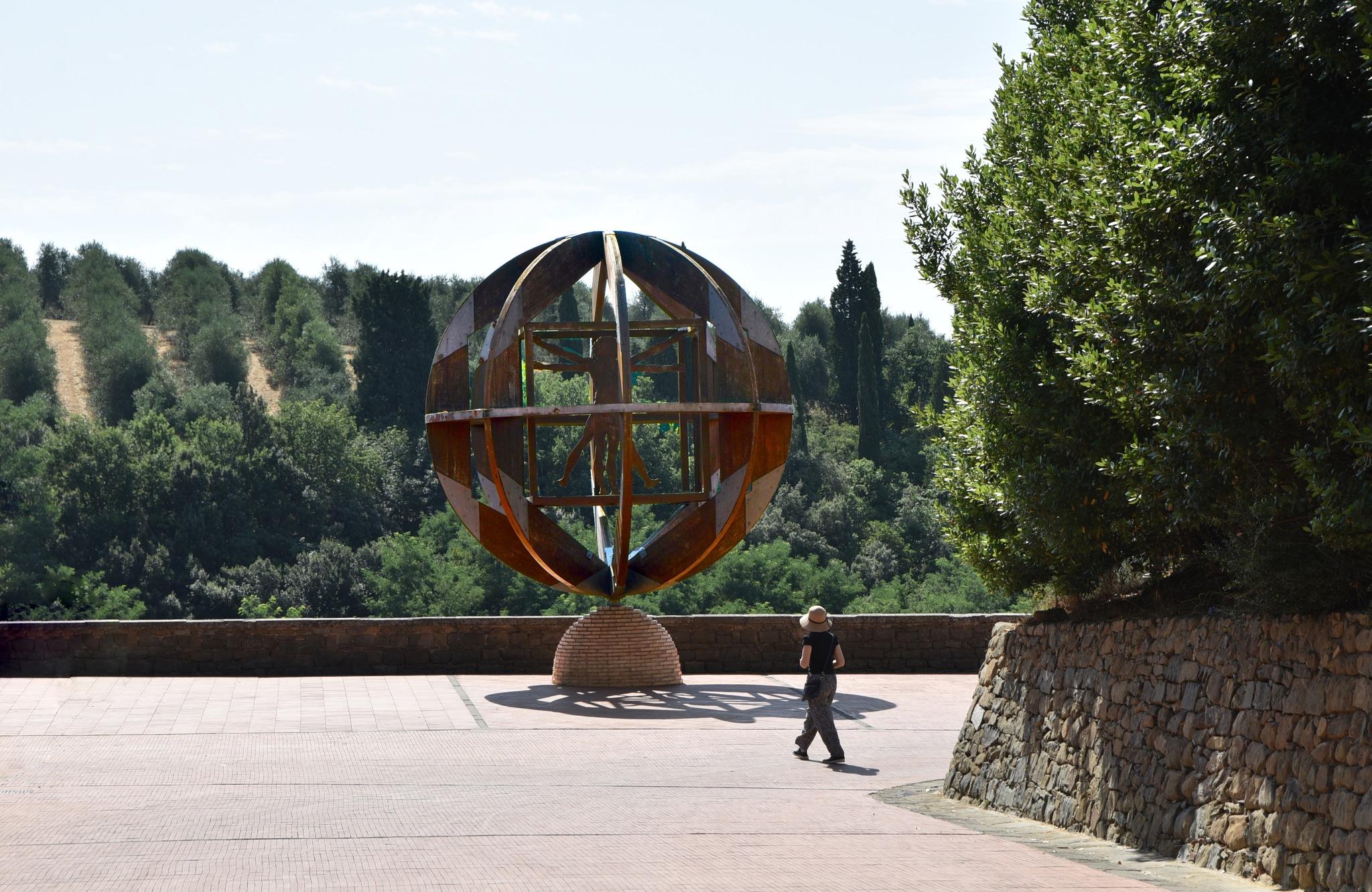 Vinci by Moshe Harosh