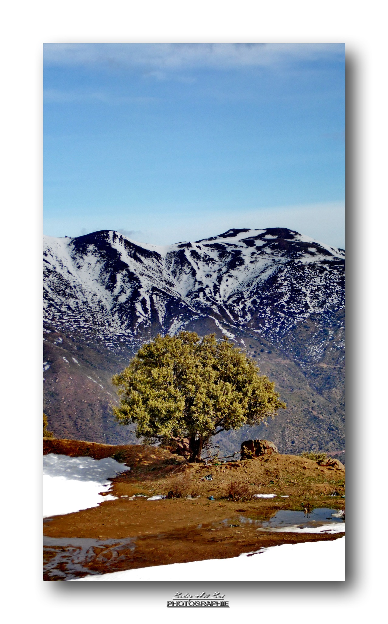 Tirourda, Algéria  by Seddik Ait Sai