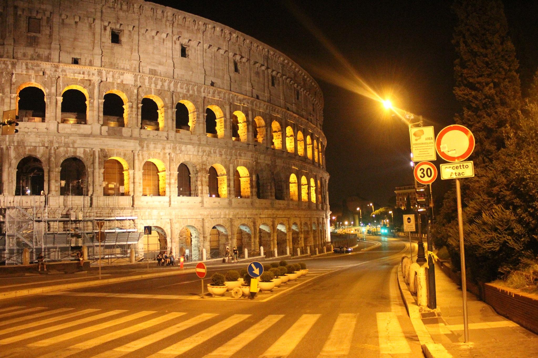 Colosseo Side by Sides by M. Aymane Zizi