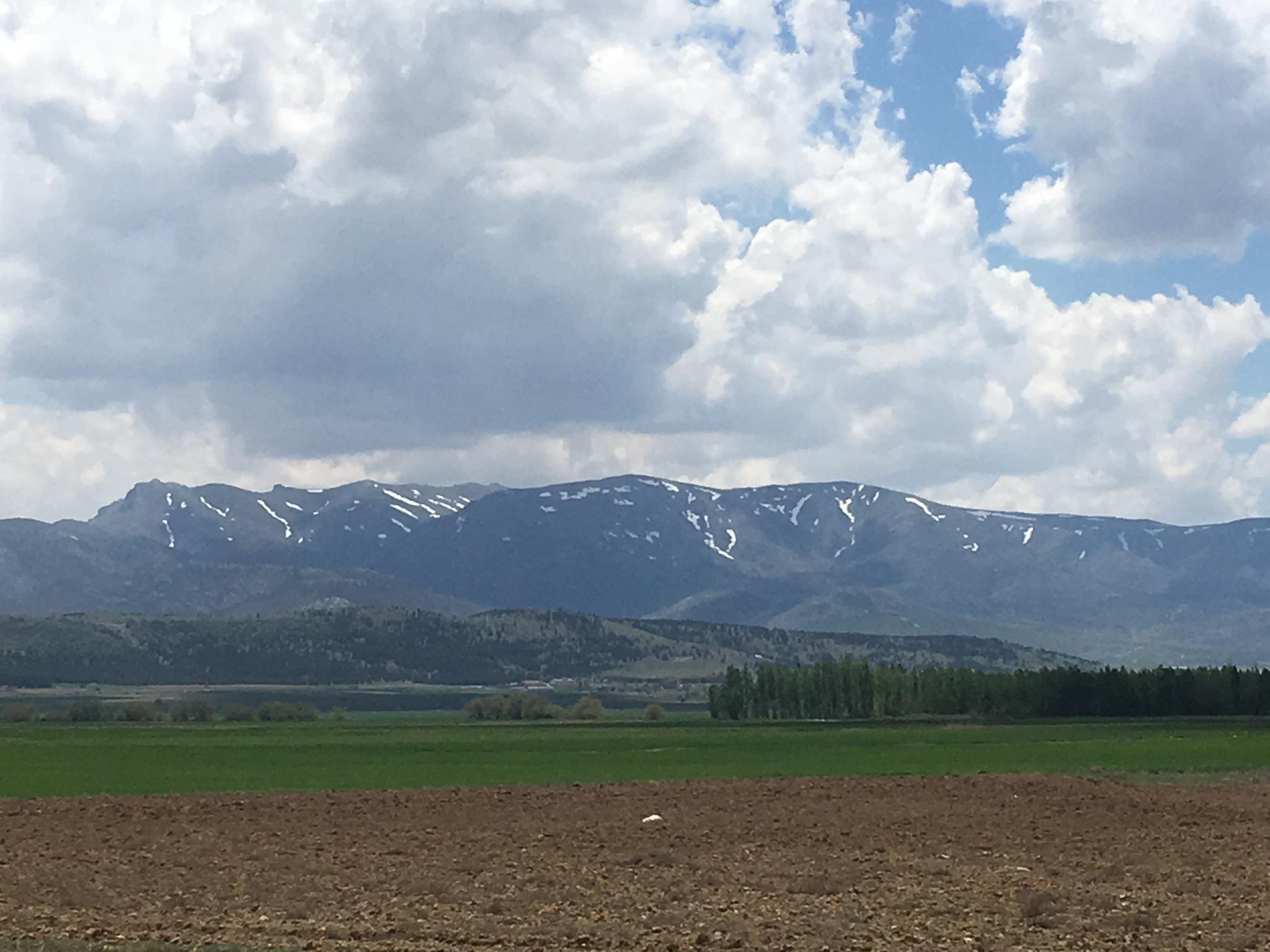 Torous mountains by Musa Hamza